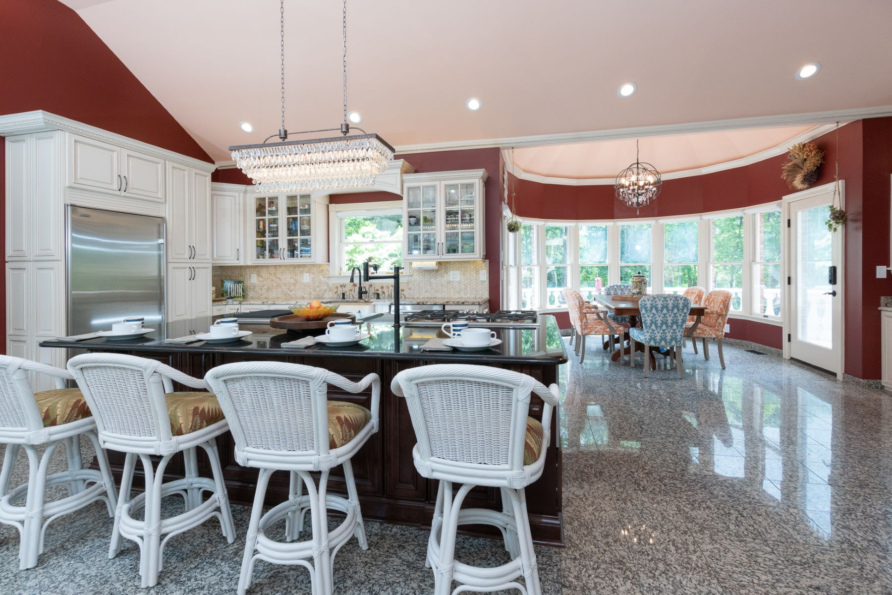 Additional photo for property listing at Luxury Smart Home Enveloped by Nature 1407 Canal Road, Princeton, New Jersey 08540 États-Unis