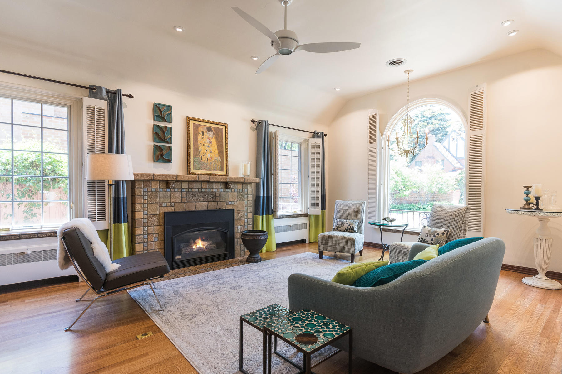 Additional photo for property listing at Welcome to an amazing and thoughtfully remodeled Tudor in Montclair 620 Jersey St Denver, Colorado 80220 United States