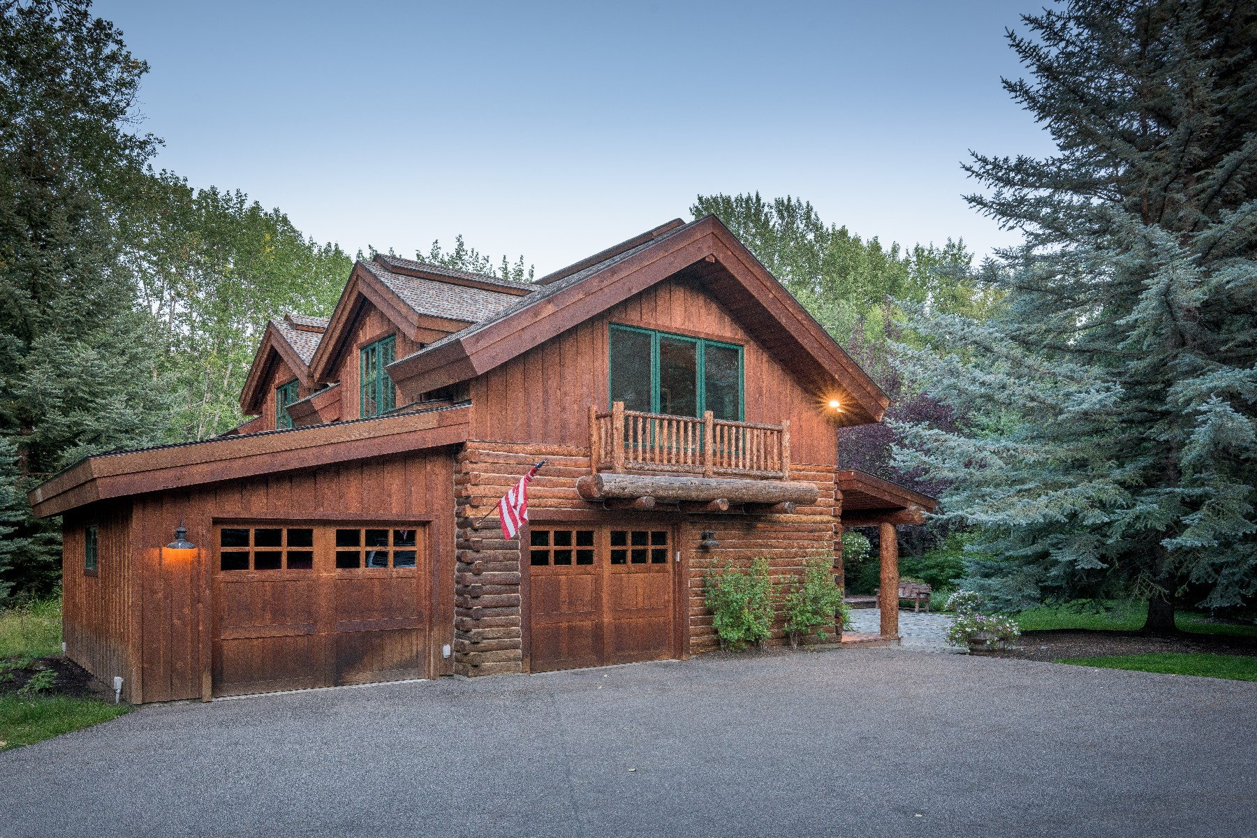 Additional photo for property listing at Captivating Gimlet Compound 102 Deer Run Rd Ketchum, Idaho 83340 United States