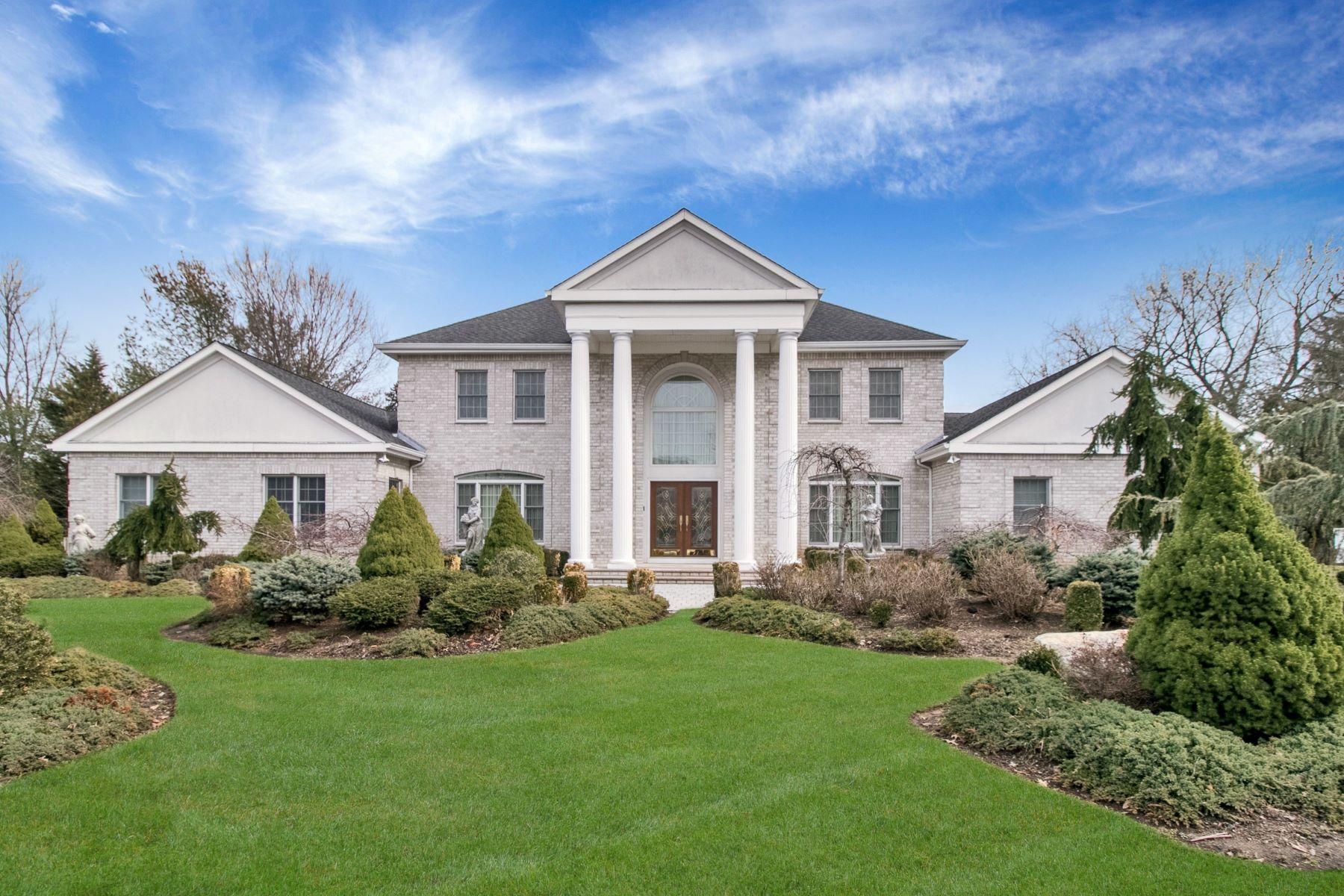 Maison unifamiliale pour l Vente à Custom Built Colonial 2 Amelia Ct, Harrington Park, New Jersey 07640 États-Unis