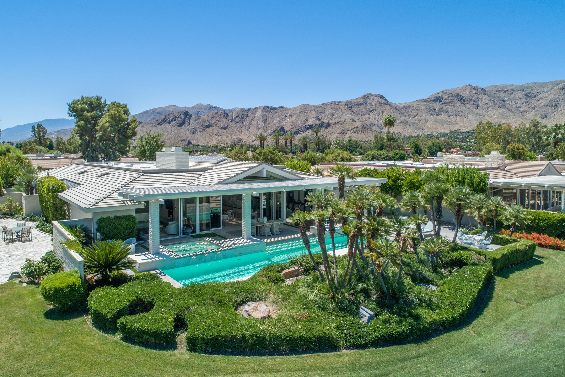 Single Family Homes for Sale at 2 Regency Drive Rancho Mirage, California 92270 United States