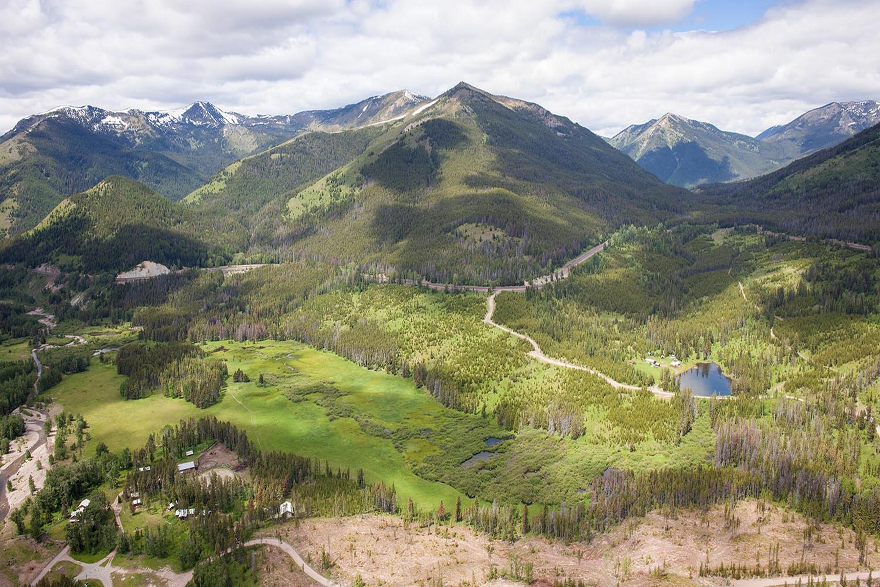 Terreno por un Venta en Glacier National Park Legacy Ranch 64 Fielding Camp Road Essex, Montana 59916 Estados Unidos