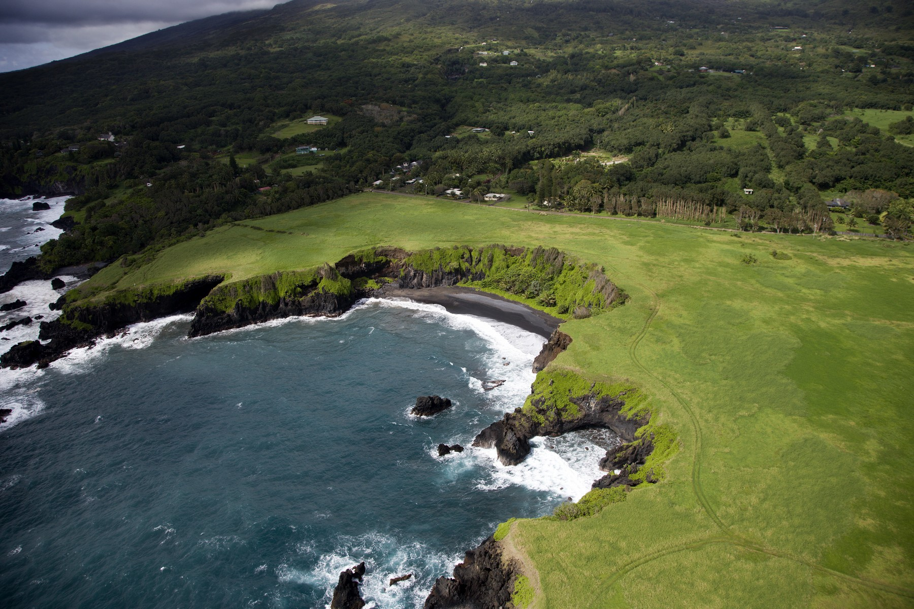 土地,用地 为 销售 在 Breathtaking Oceanfront Acres, Hana Maui Hawaii 0 Hana Highway, Makaalae, Hana, 夏威夷, 96713 美国