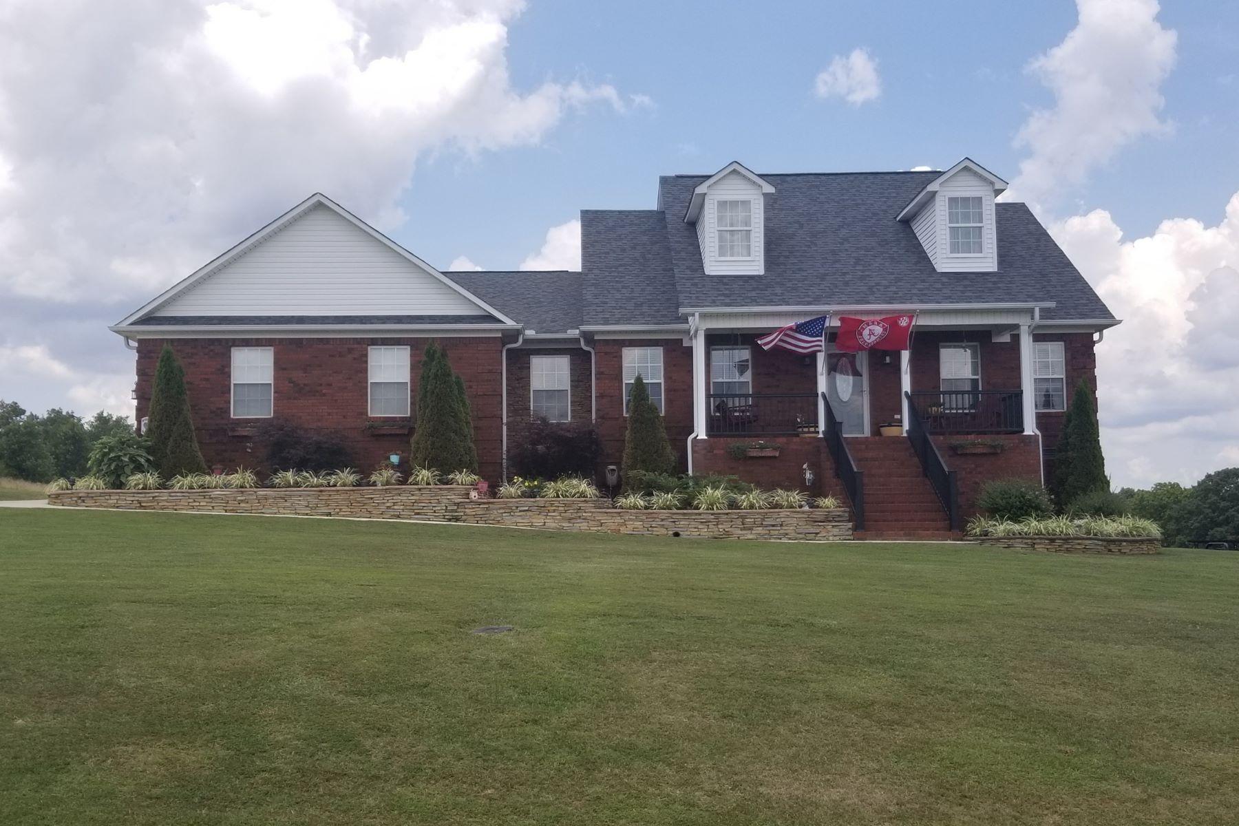 Single Family Homes por un Venta en 135 Payton Lane Grant, Alabama 35747 Estados Unidos