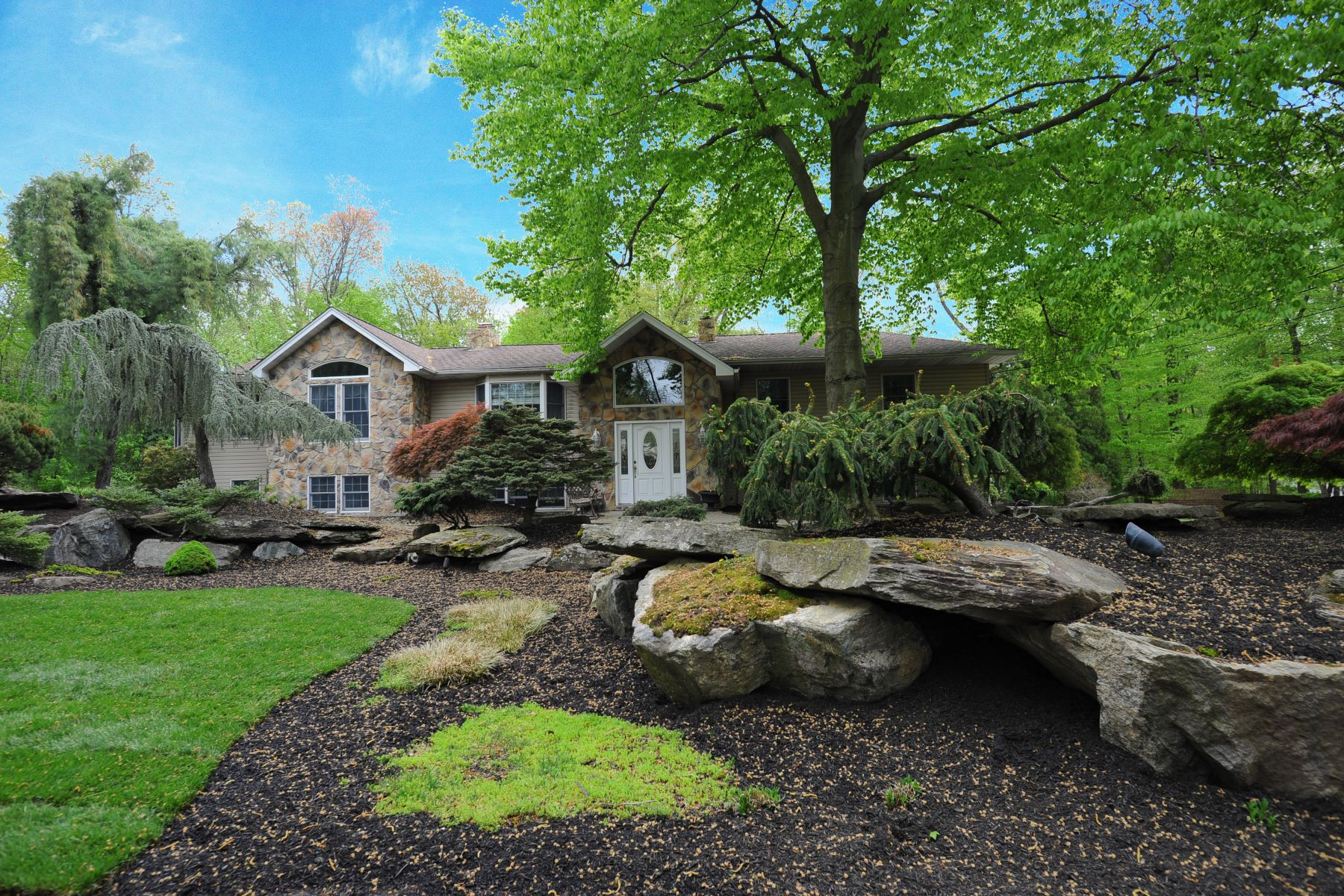 Single Family Home for Sale at Beautiful Expanded Home 4 Van Wyck St Montvale, New Jersey 07645 United States