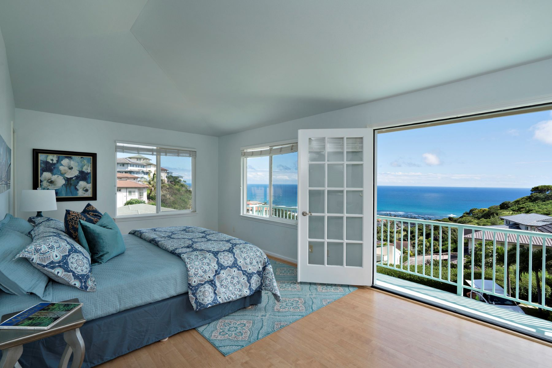 Additional photo for property listing at Hilltop Ocean Views 5496 Poola St Honolulu, Hawaii 96821 United States