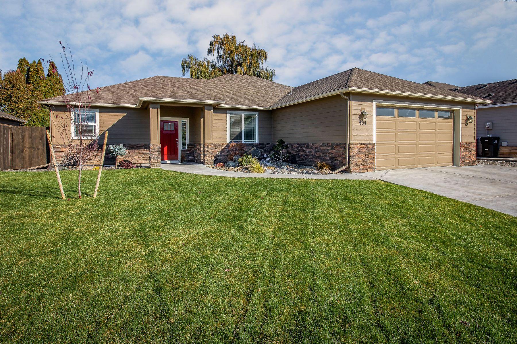 Single Family Homes for Sale at 890 Boulder Street Walla Walla, Washington 99362 United States