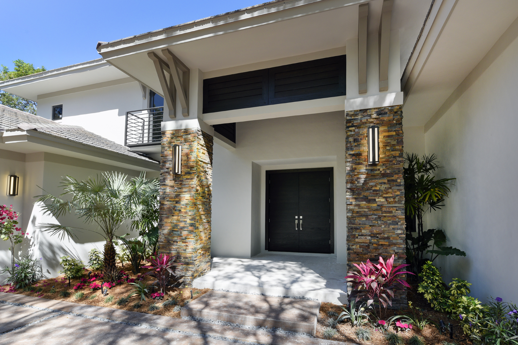 Additional photo for property listing at New Construction Golf Course Home at Ocean Reef 11 Cinnamon Bark Lane Key Largo, 佛羅里達州 33037 美國