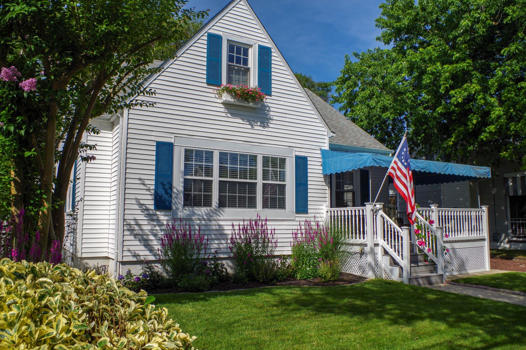 Single Family Home for Sale at Timeless Cape Cod Beach Home 161 22nd Street, Avalon, New Jersey 08202 United States