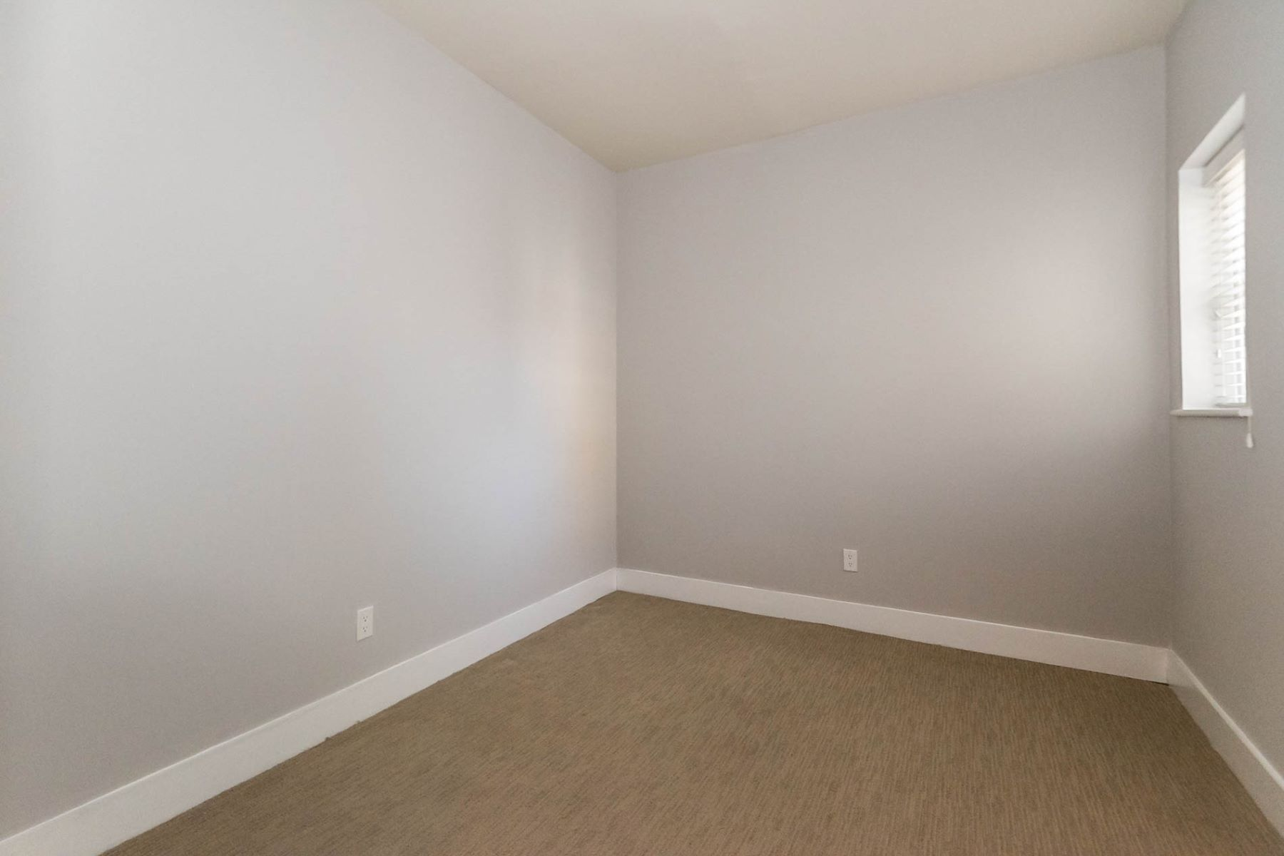Additional photo for property listing at Westgate Ave 601 Westgate Ave # 601A University City, Missouri 63130 United States