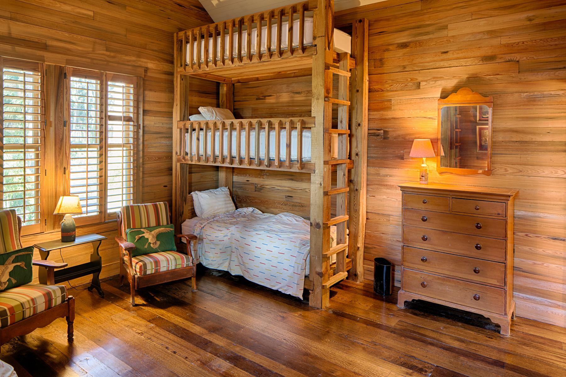 Additional photo for property listing at 945 Mount Pelia Road 945 Mt. Pelia Bluffton, South Carolina 29910 United States
