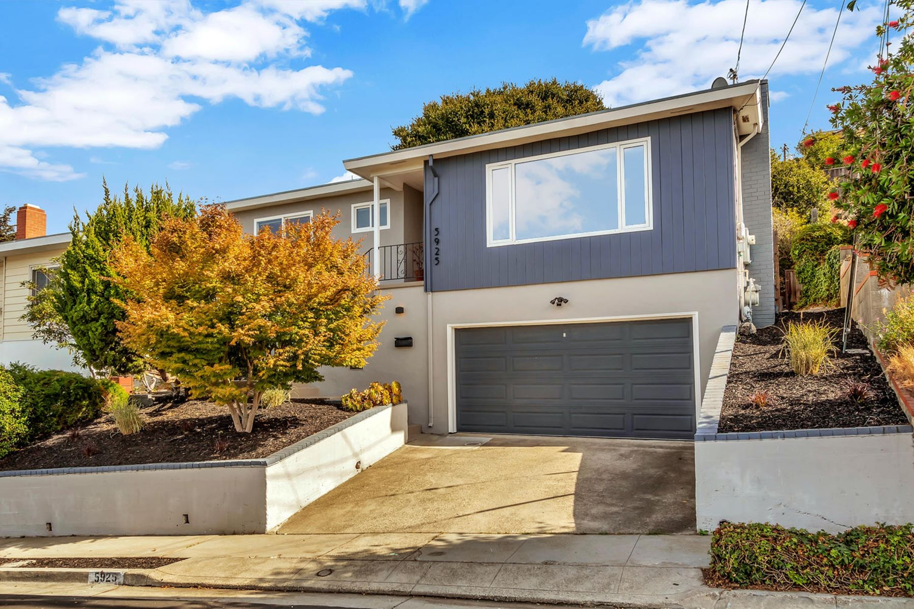 Single Family Homes for Sale at Mira Vista Mid Century with Views 5925 Jordan Avenue El Cerrito, California 94530 United States