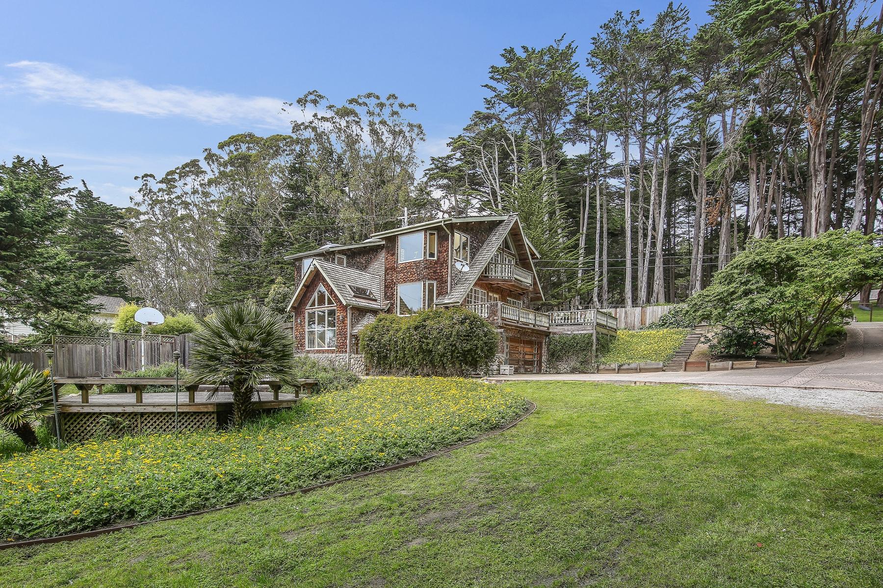 Single Family Home for Sale at 1300 Alamo 1300 Alamo St. Montara, California 94037 United States