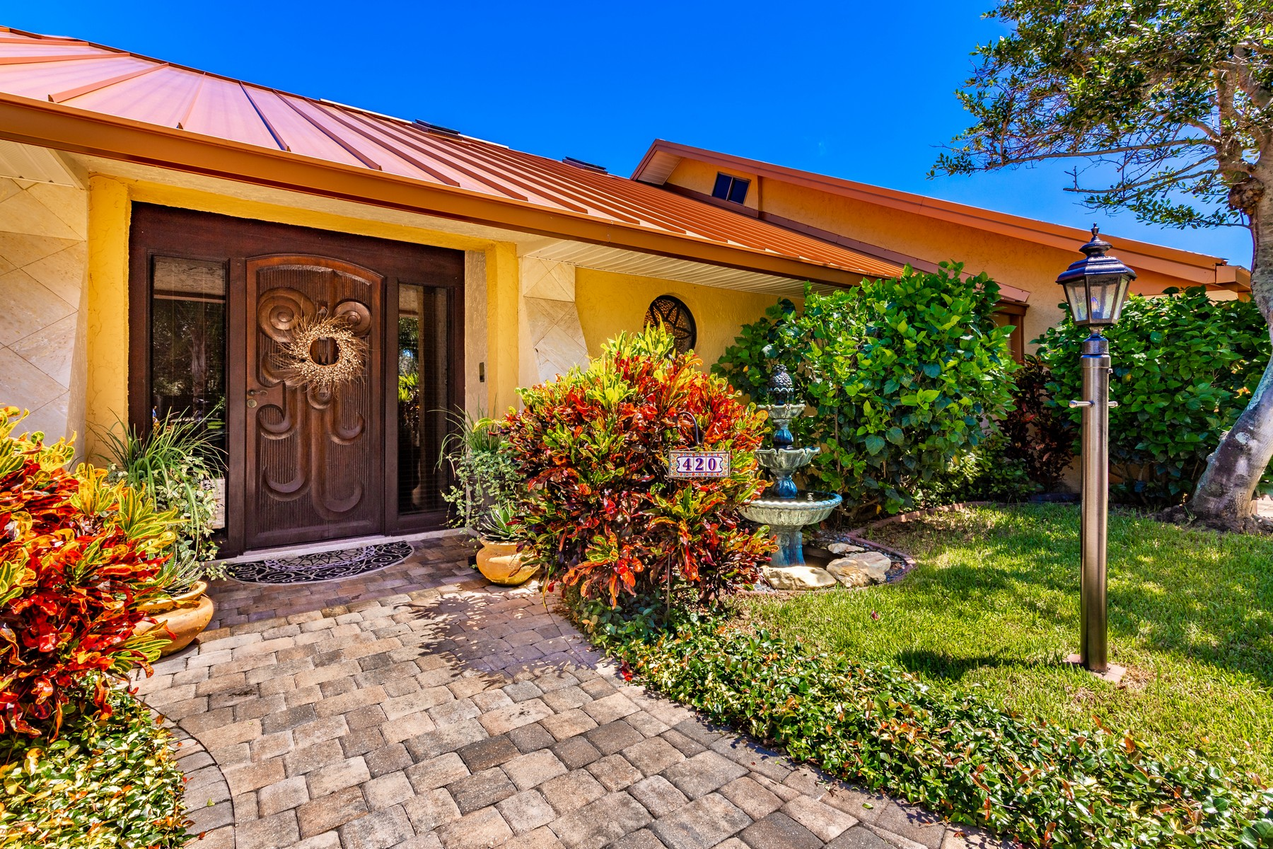 Additional photo for property listing at One of a Kind Home Full of Charm & Character 420 Monaco Drive Indialantic, Florida 32903 United States