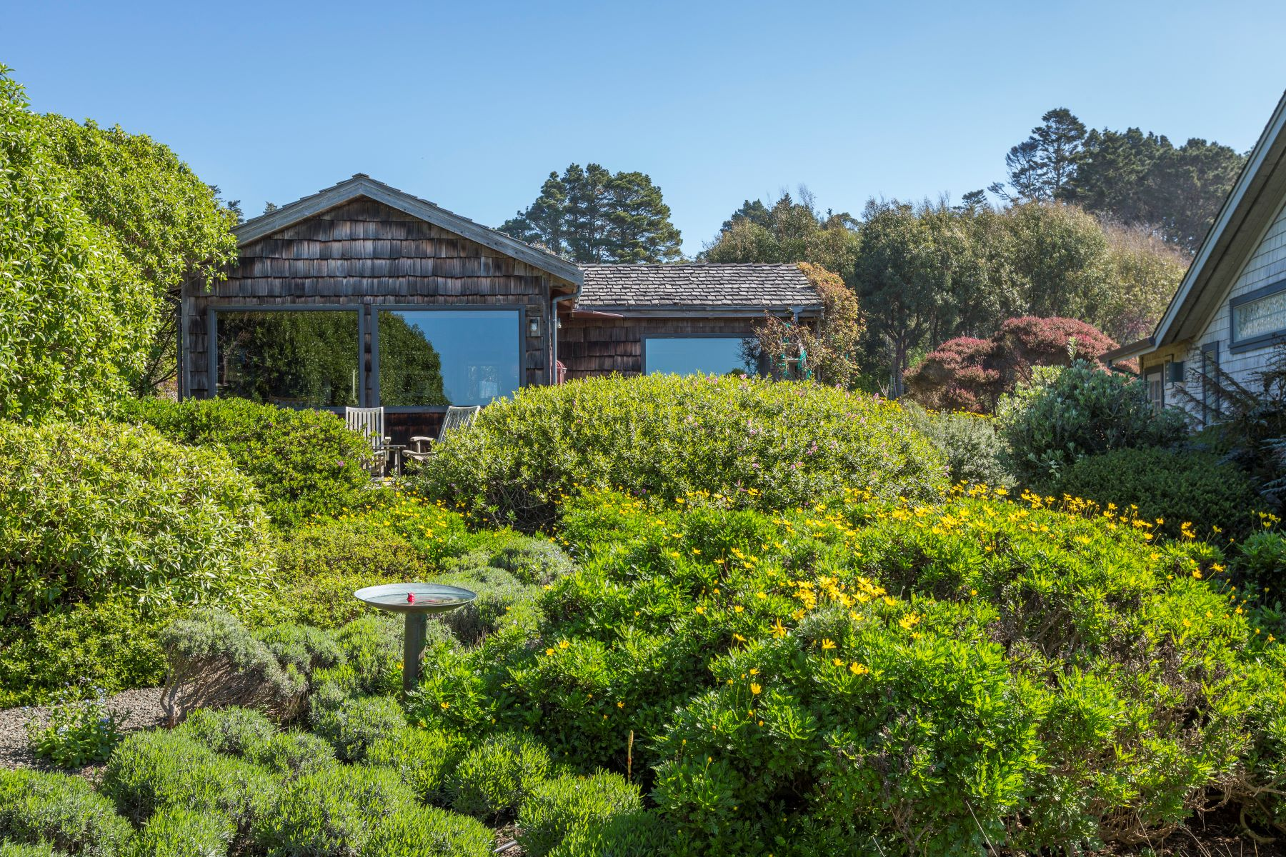 Additional photo for property listing at Sea Dance 45275 Mar Vista Drive Mendocino, California 95460 Estados Unidos