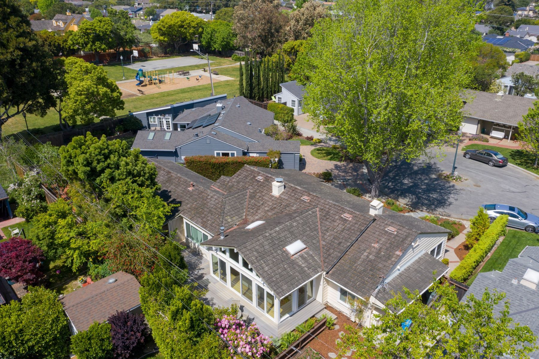 Single Family Home for Active at Ideally located for Urban Living 237 Arbor Lane San Mateo, California 94403 United States