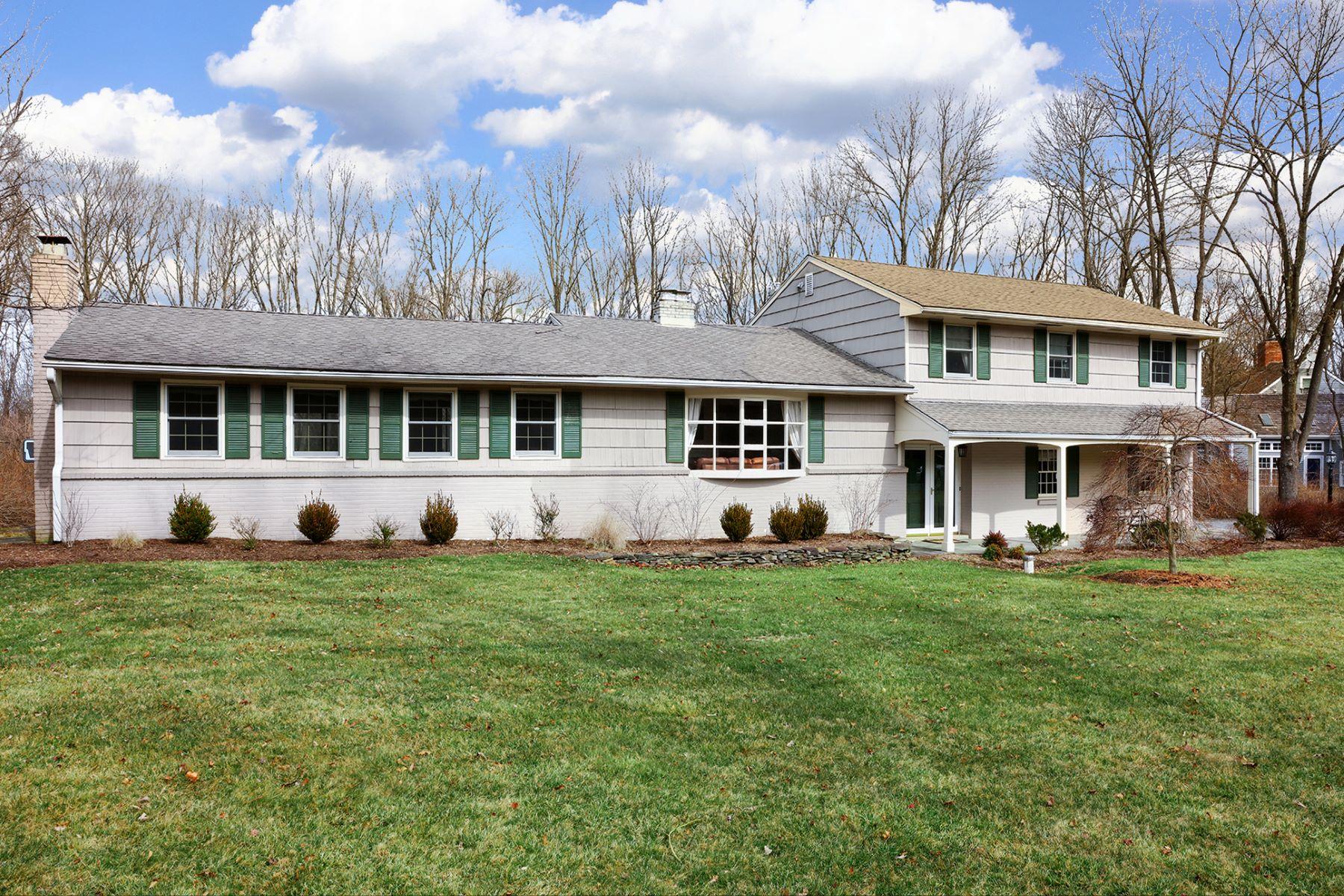 단독 가정 주택 용 매매 에 Move Right In - Montgomery Township 30 Cherry Brook Drive Princeton, 뉴저지, 08540 미국