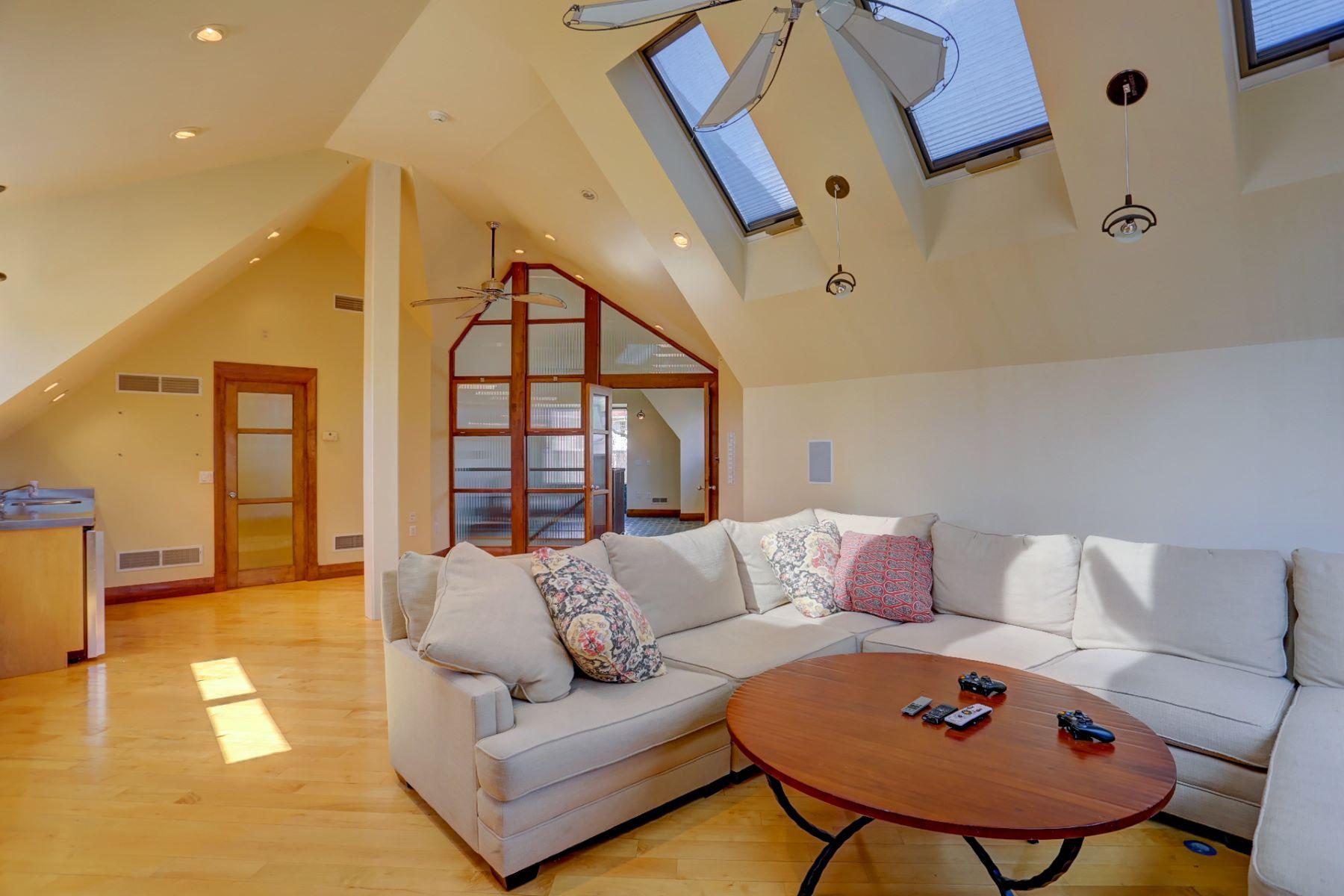 Additional photo for property listing at 1056 Wheatland Avenue  兰开斯特, 宾夕法尼亚州 17603 美国