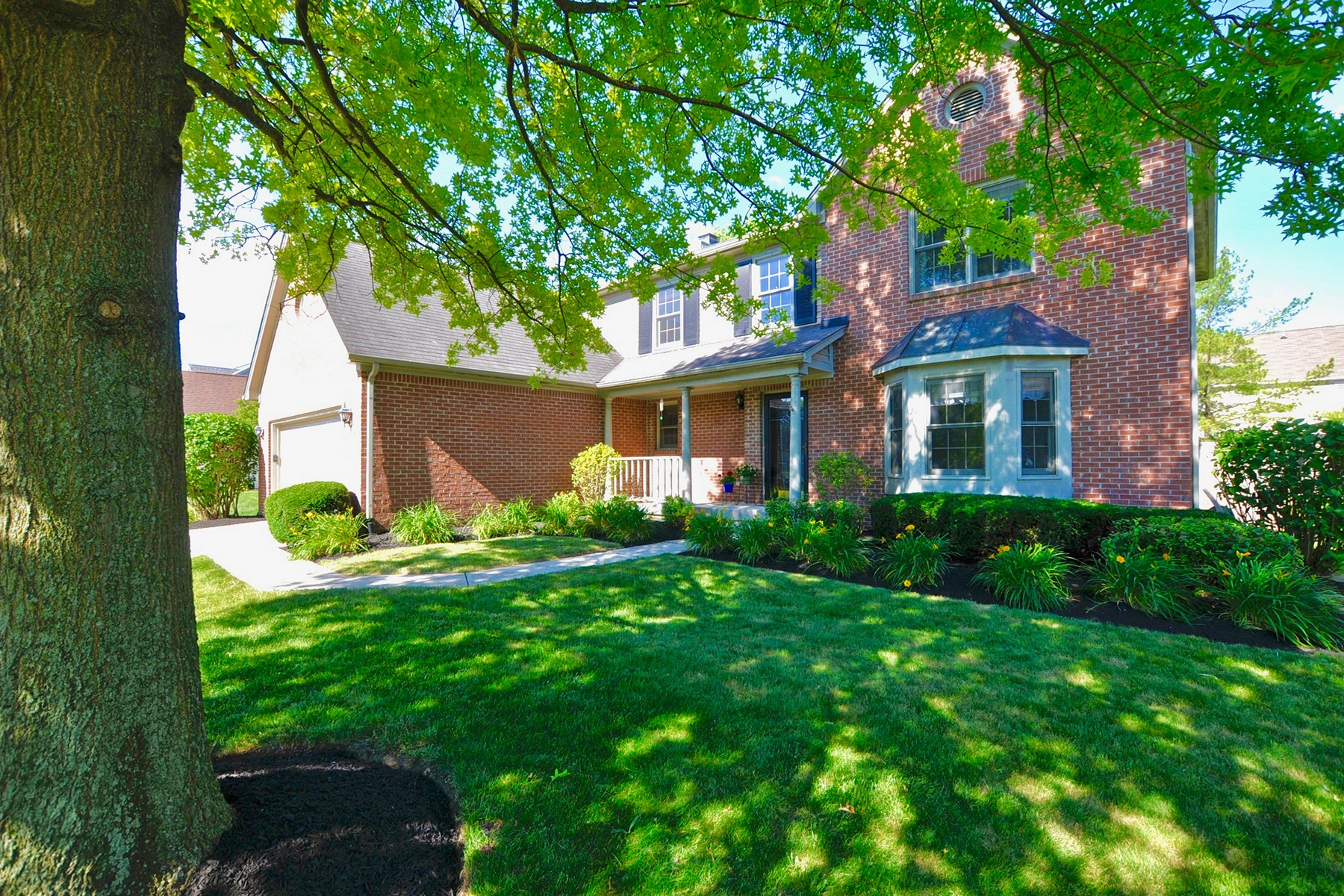 Single Family Home for Sale at Beautiful Two Story Home on Private Lot 14514 Cotswold Lane Carmel, Indiana 46033 United States