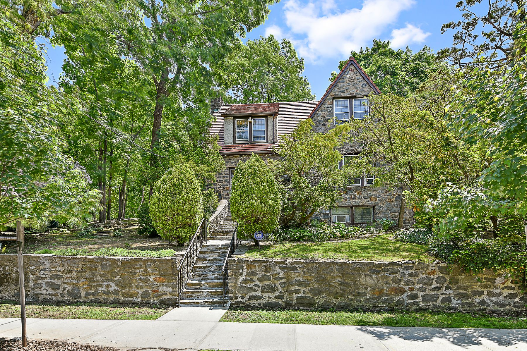 Single Family Home for Sale at Single-Family Stone House with 2-Floors and Large Basement 3130 Arlington Avenue Riverdale, New York 10463 United States
