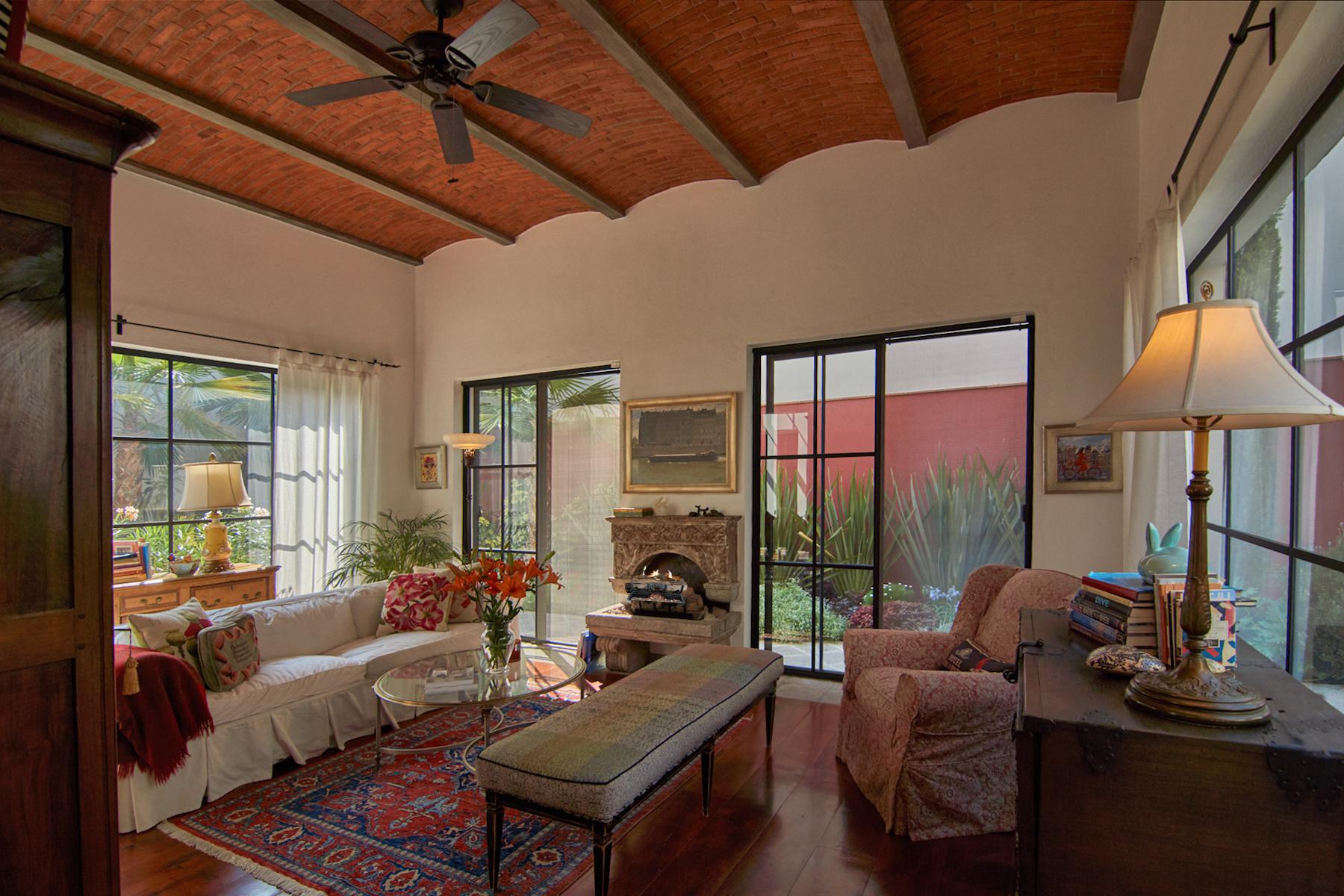 Additional photo for property listing at Casa Lilly Ojo De Agua, San Miguel De Allende, Guanajuato México