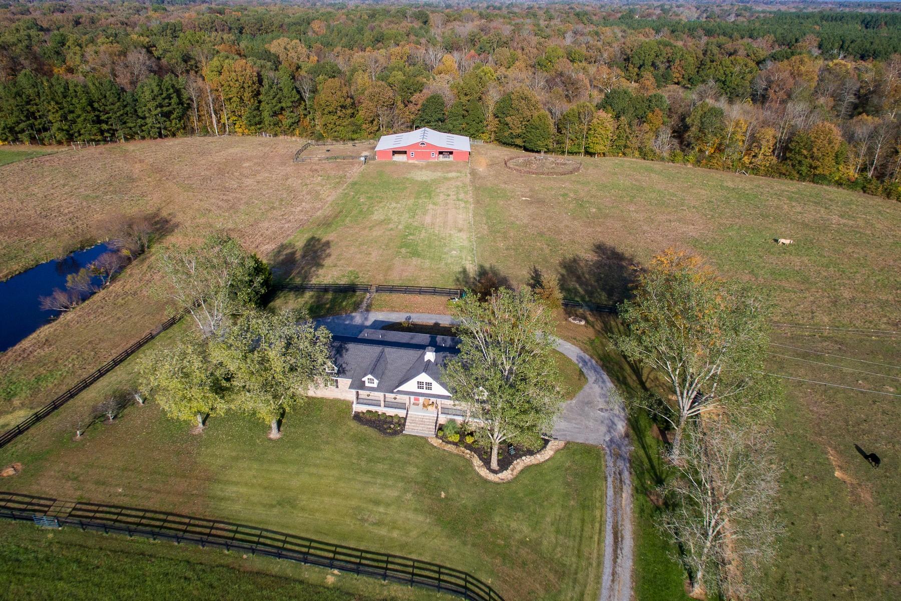 Single Family Homes pour l Vente à Indian Creek Ranch 215 Ramsey Bridge Road SE, Cleveland, Tennessee 37323 États-Unis