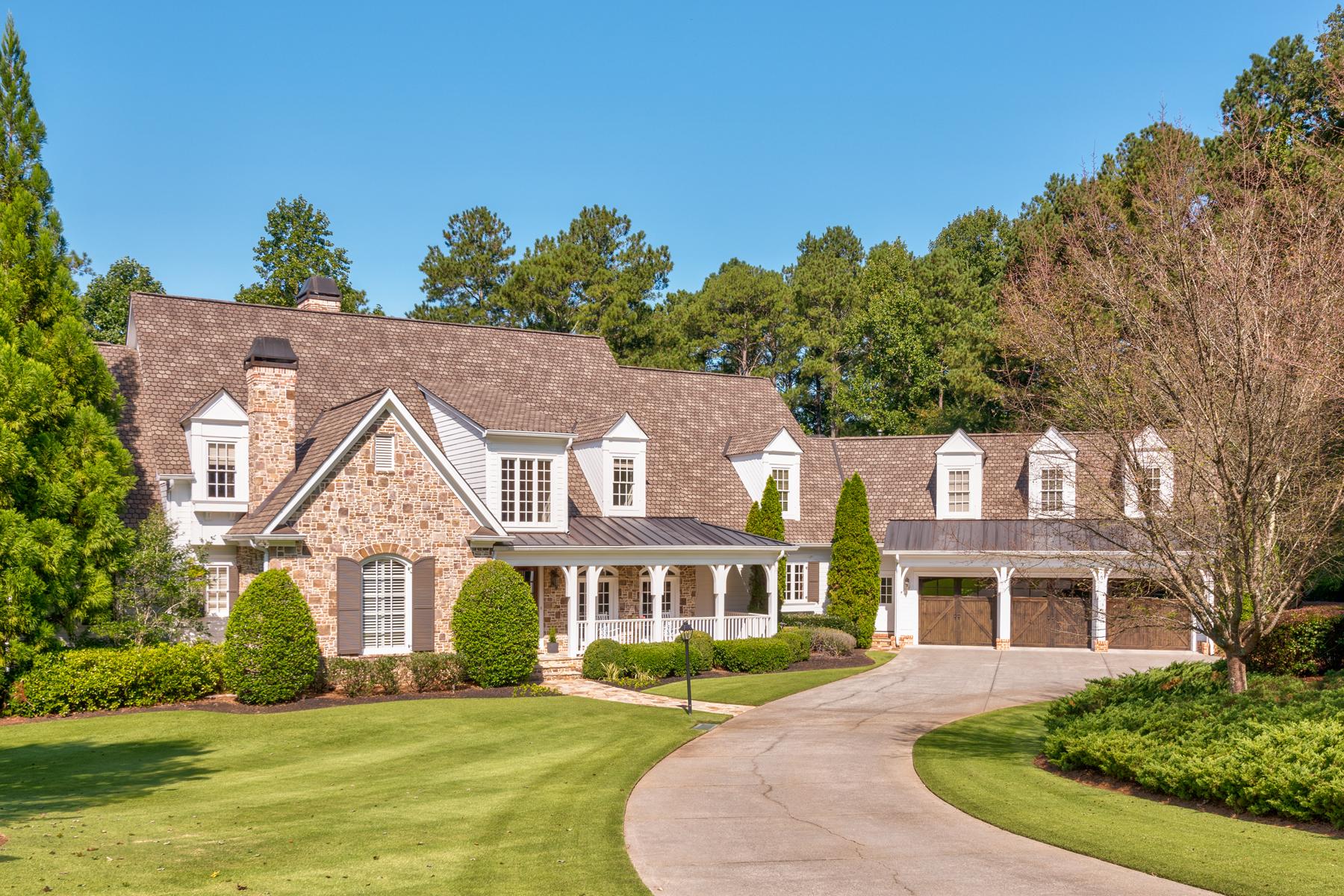 Casa Unifamiliar por un Venta en Picture Perfect In White Columns 790 Golf Vista Court, Milton, Georgia, 30004 Estados Unidos