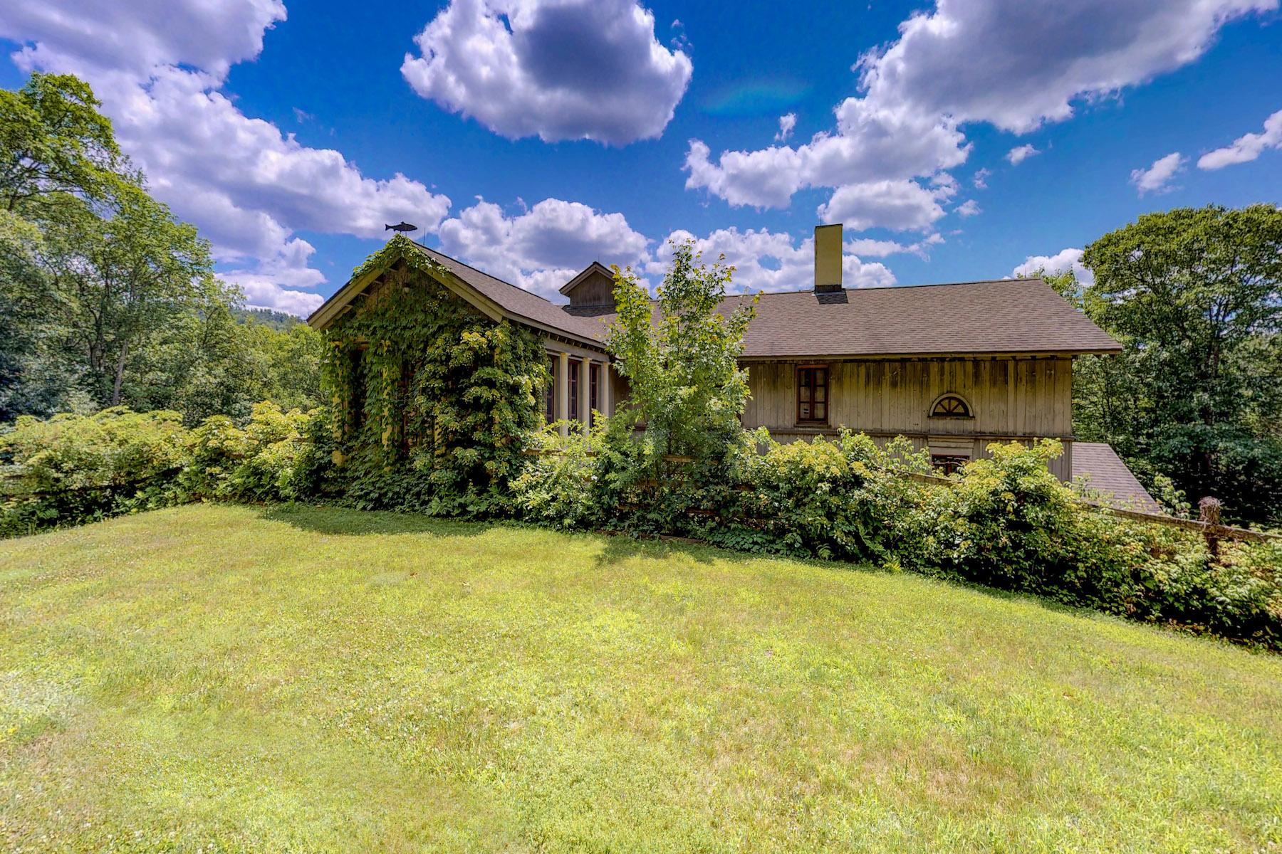Casa Unifamiliar por un Venta en Wildcat Mountain 38 Frost Valley Claryville, Nueva York 12725 Estados Unidos