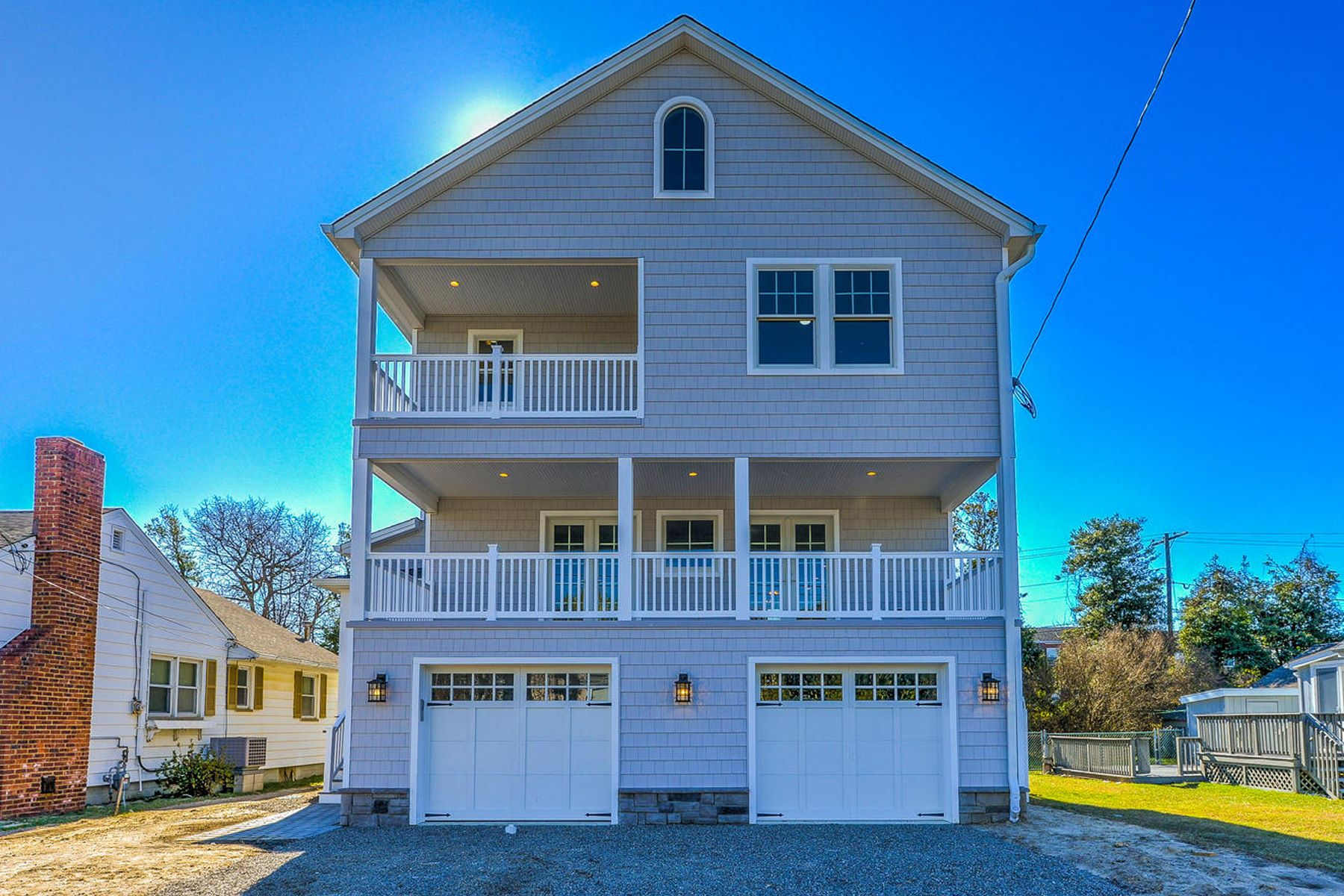 Casa Unifamiliar por un Venta en Presenting Coastal Charm At It's Finest 306 Carter Avenue Point Pleasant Beach, Nueva Jersey 08742 Estados Unidos