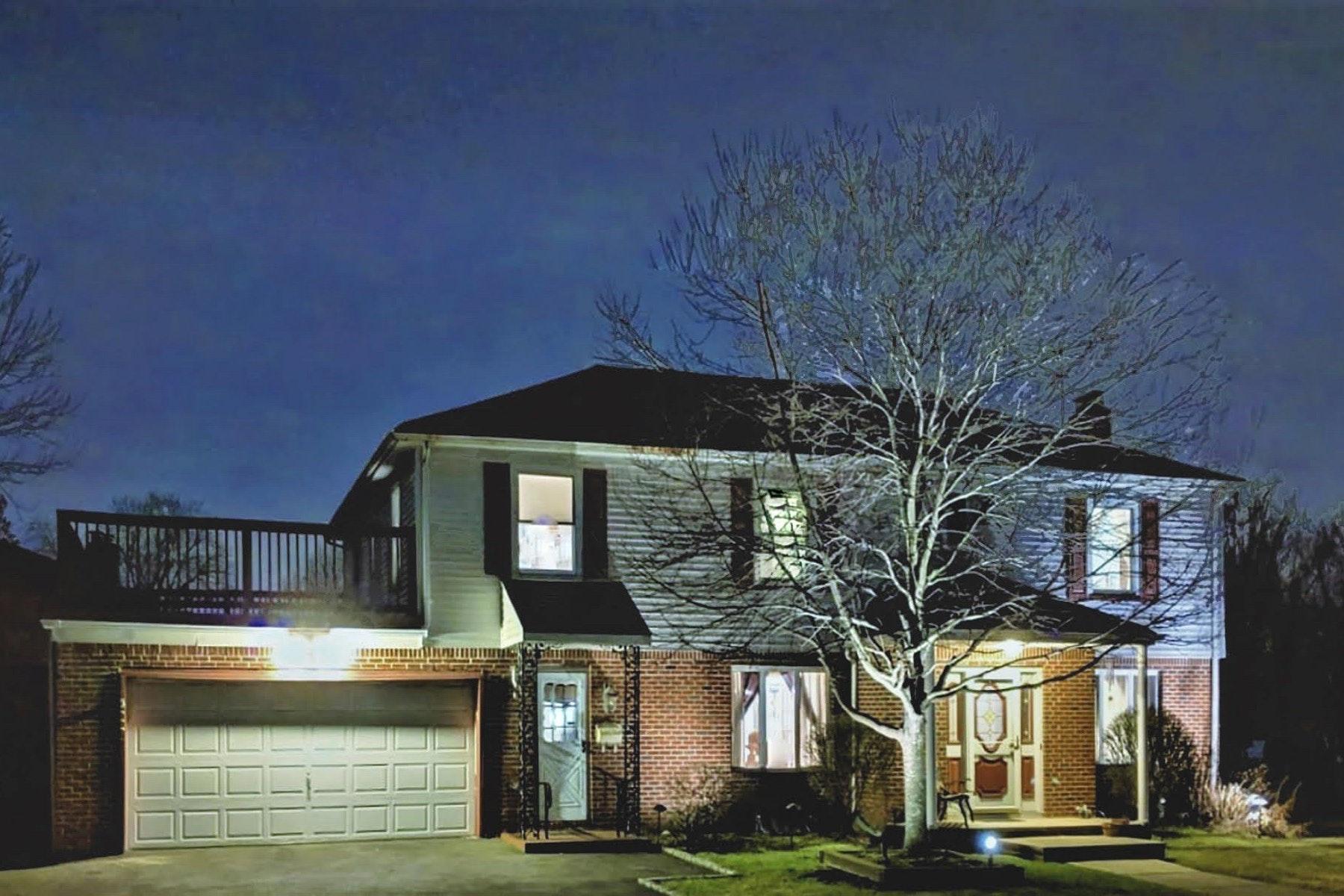 Maison unifamiliale pour l Vente à Welcome Home! 9-08 Bellair, Fair Lawn, New Jersey 07410 États-Unis