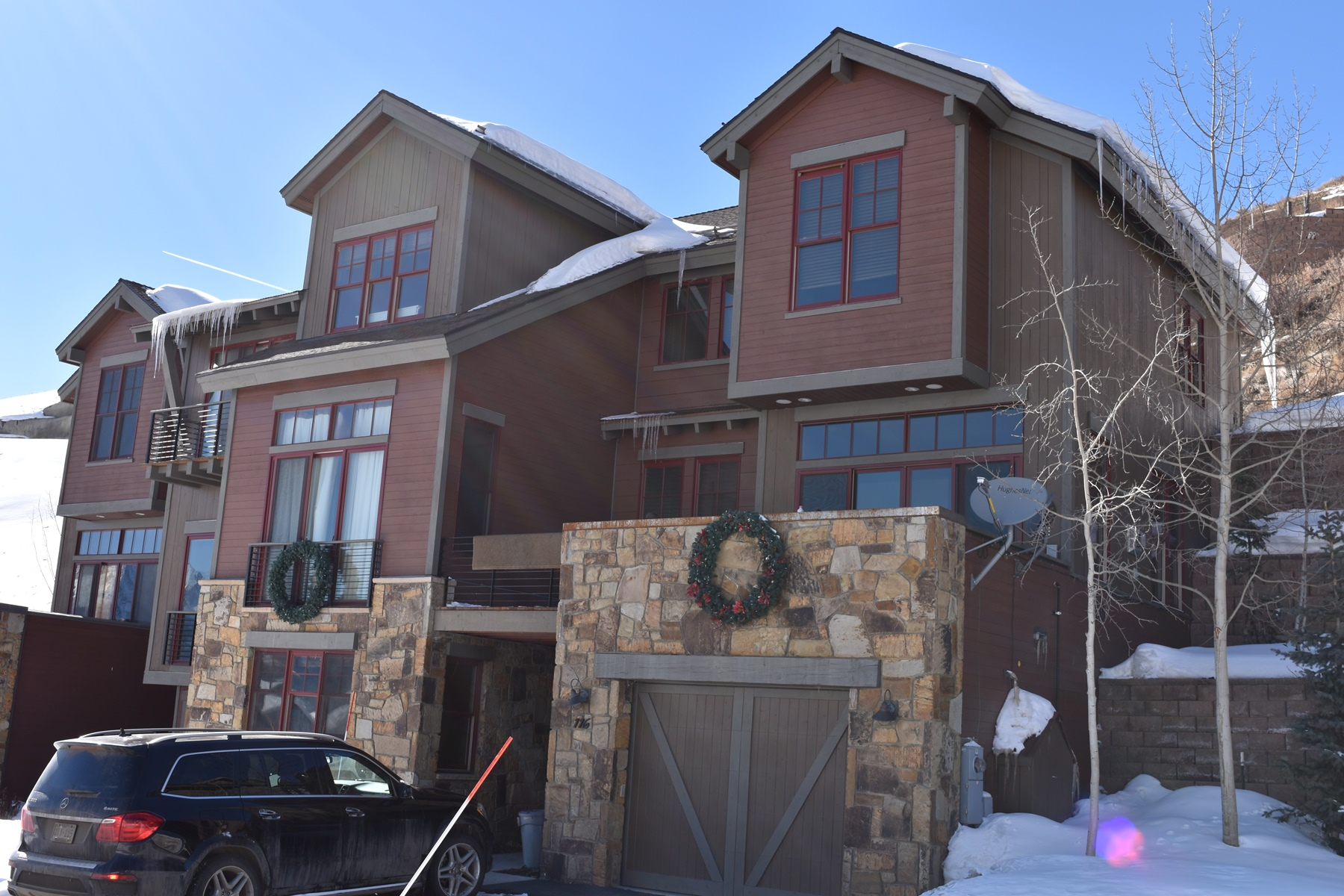 Townhouse for Active at Exceptional Townhome with Views of Mt. Crested Butte 116 Snowmass Road Unit 23B Mount Crested Butte, Colorado 81225 United States