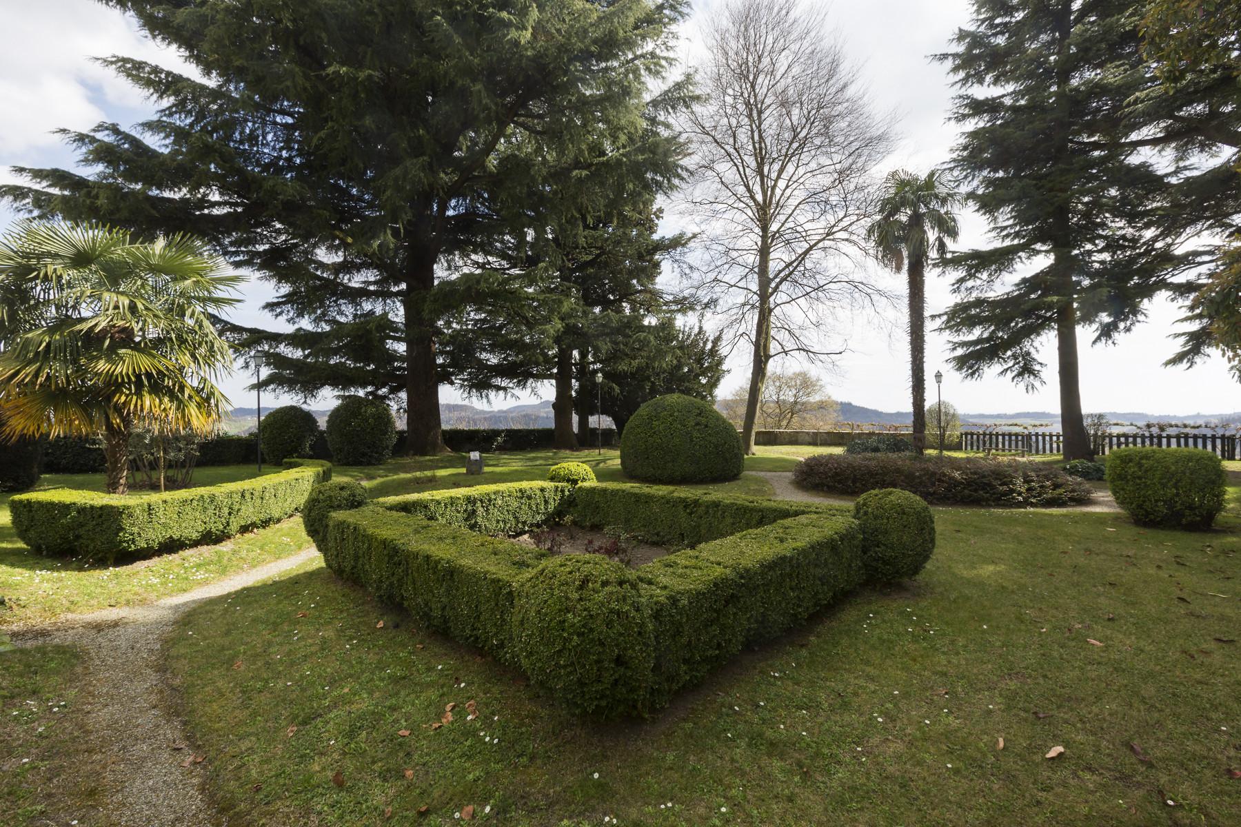 Additional photo for property listing at Historical villa on the Monferrato hills Ponzano Monferrato, Alessandria Italie