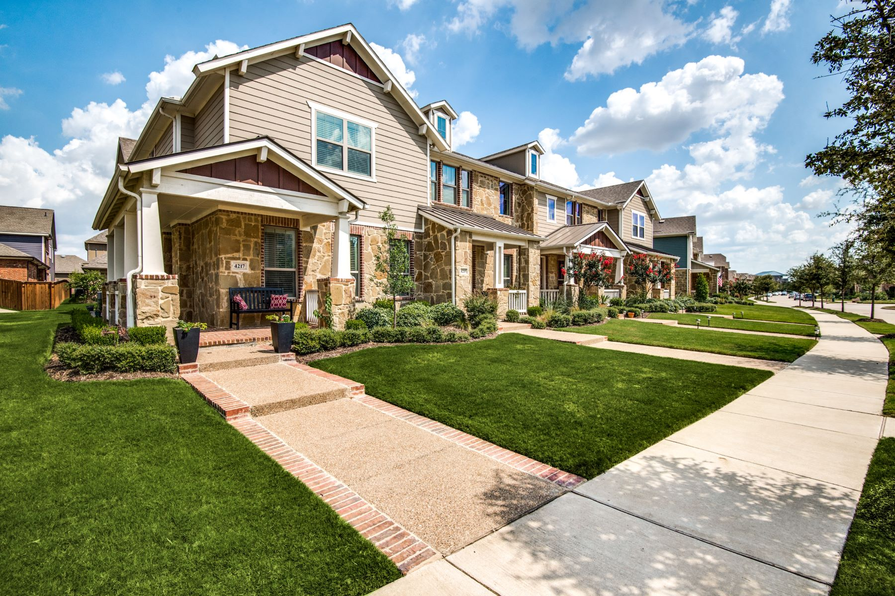 townhouses for Sale at Viridian Townhome 4217 Cascade Sky Drive Arlington, Texas 76005 United States