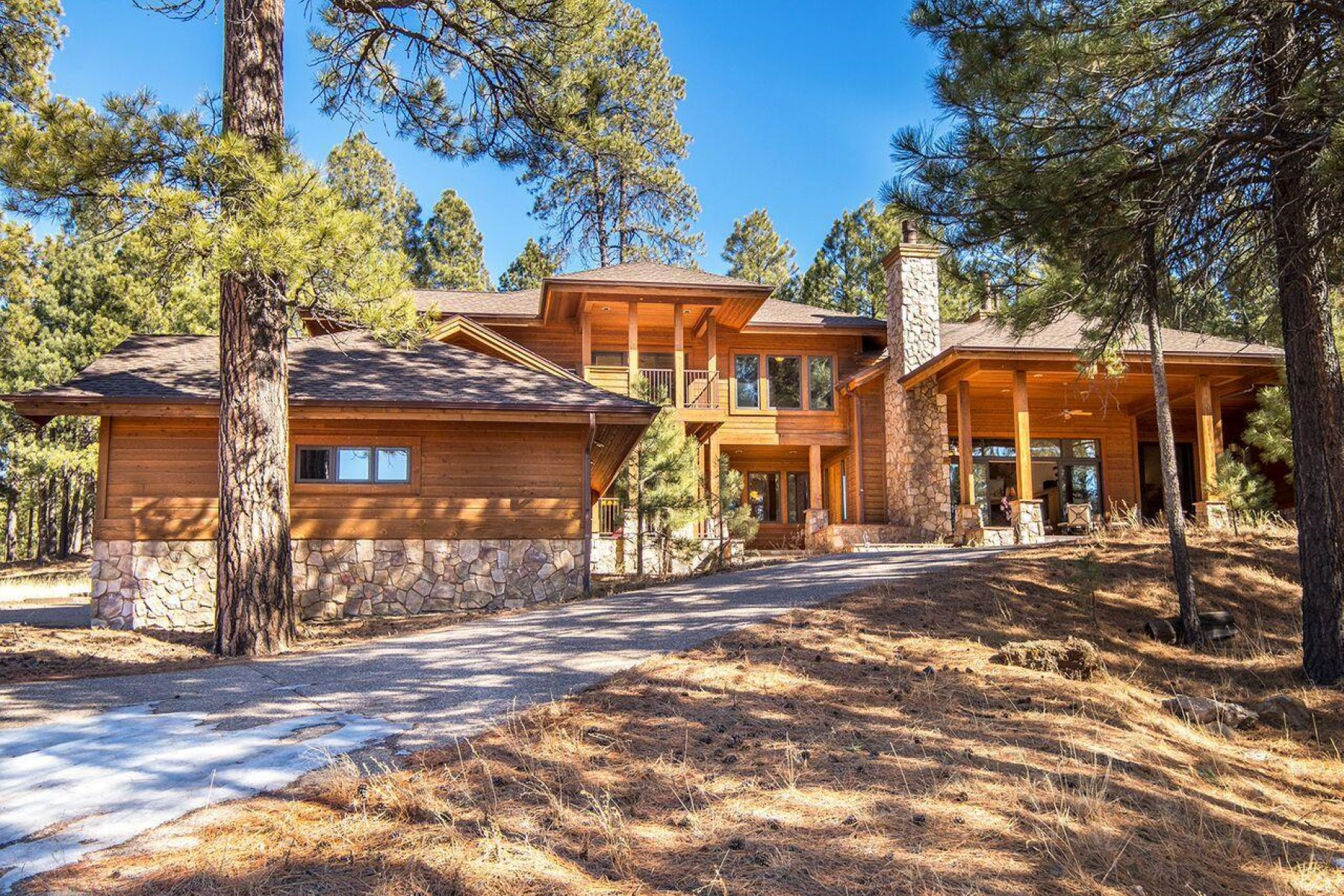 Casa Unifamiliar por un Venta en Modern Finishes Meets Mountain Living 2227 Andrew Douglass, Flagstaff, Arizona, 86005 Estados Unidos