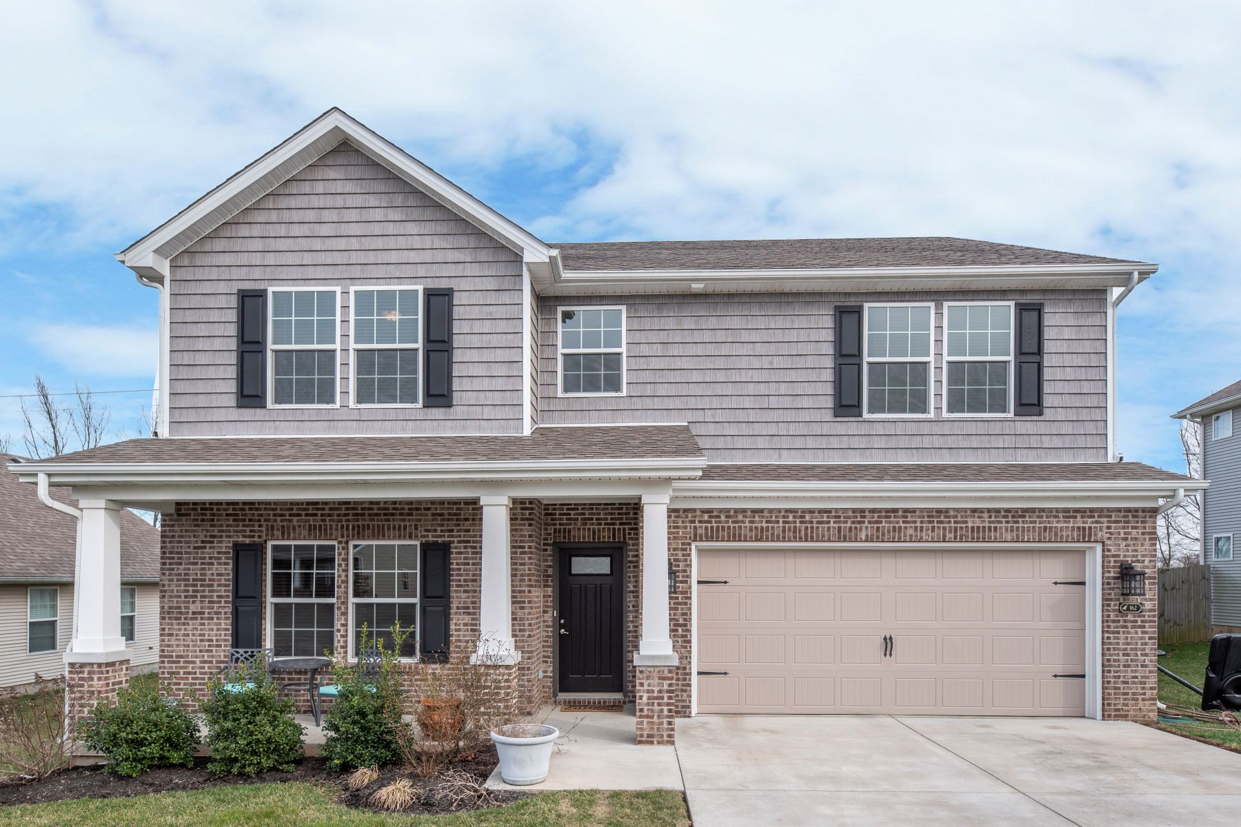 Single Family Home for Sale at 162 Sutton Place Boulevard 162 Sutton Place Boulevard Georgetown, Kentucky 40324 United States