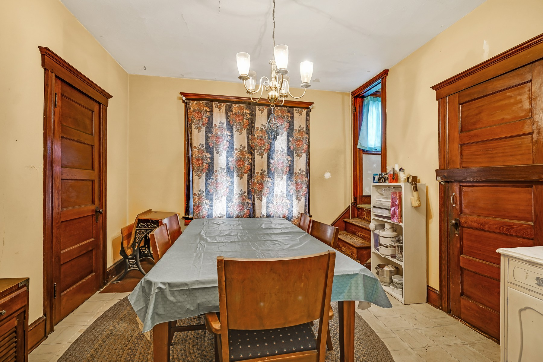 Additional photo for property listing at Beautiful Belmar Victorian 611 8th Ave Belmar, New Jersey 07719 United States