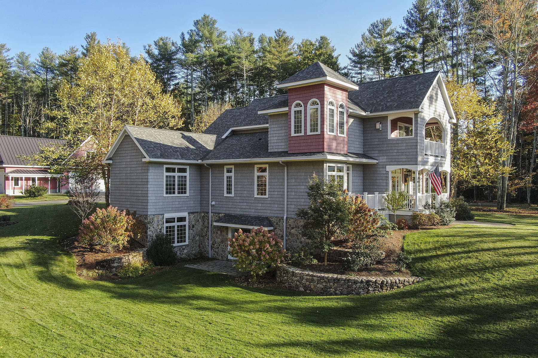 Single Family Homes for Sale at 167 Federal Hill Road, Hollis 167 Federal Hill Rd Hollis, New Hampshire 03049 United States