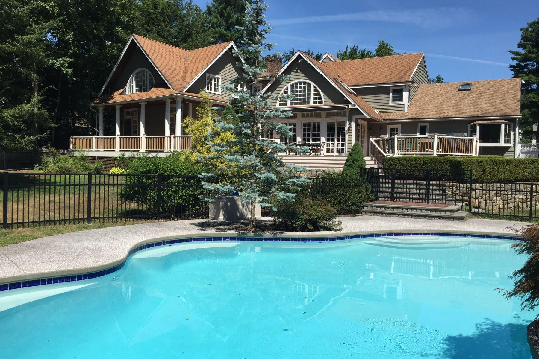 Single Family Home for Sale at 10 Dover Farm Rd, Medfield Medfield, Massachusetts 02052 United States