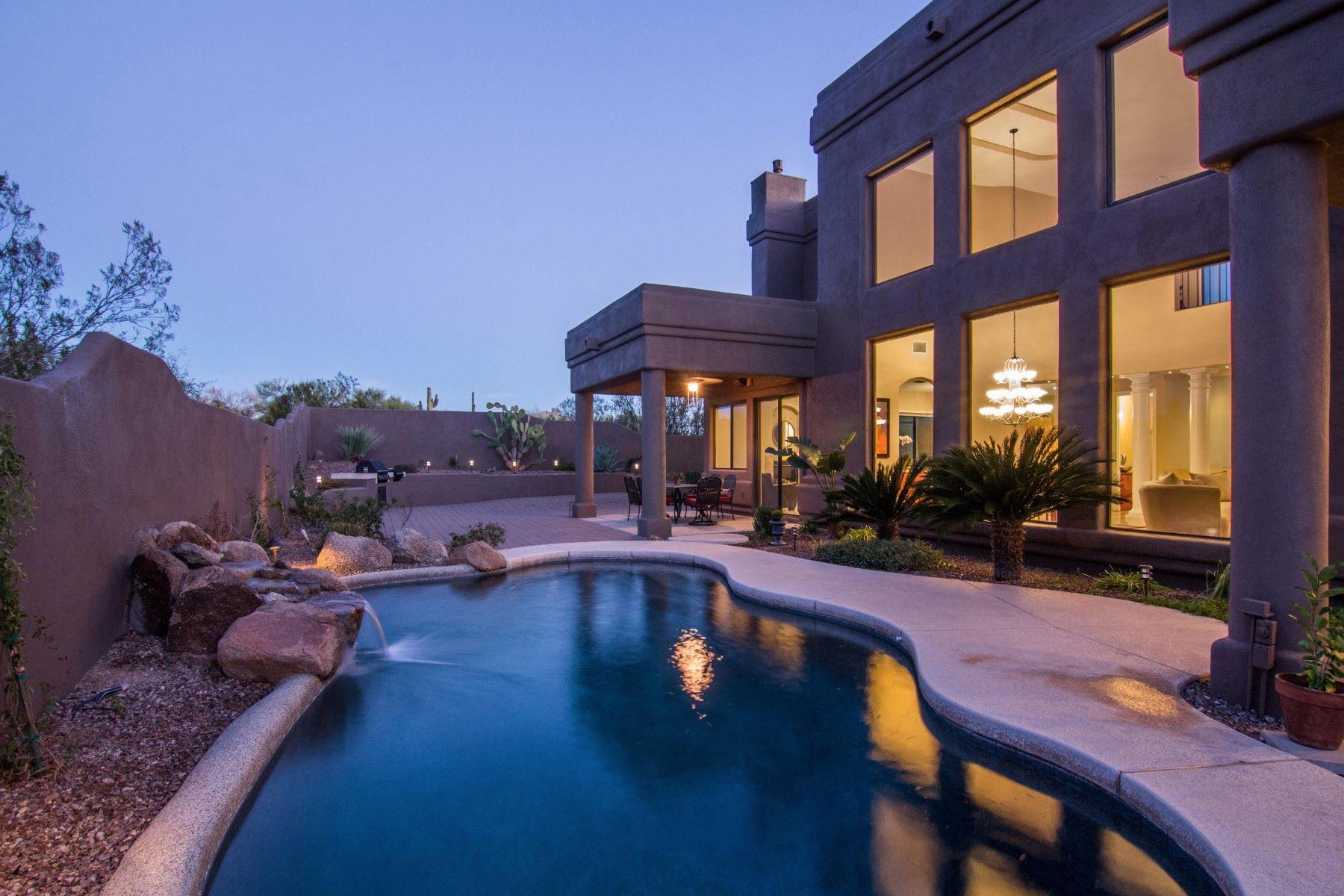 一戸建て のために 売買 アット Desert living with a modern flare in guard gated Troon North 10970 E Dale Ln Scottsdale, アリゾナ, 85262 アメリカ合衆国