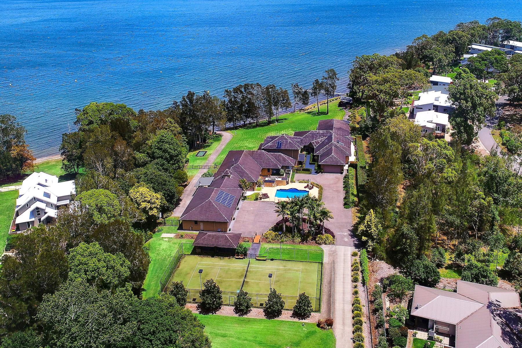 Другая жилая недвижимость для того Продажа на Cams Wharf Sydney, New South Wales, 2281 Австралия
