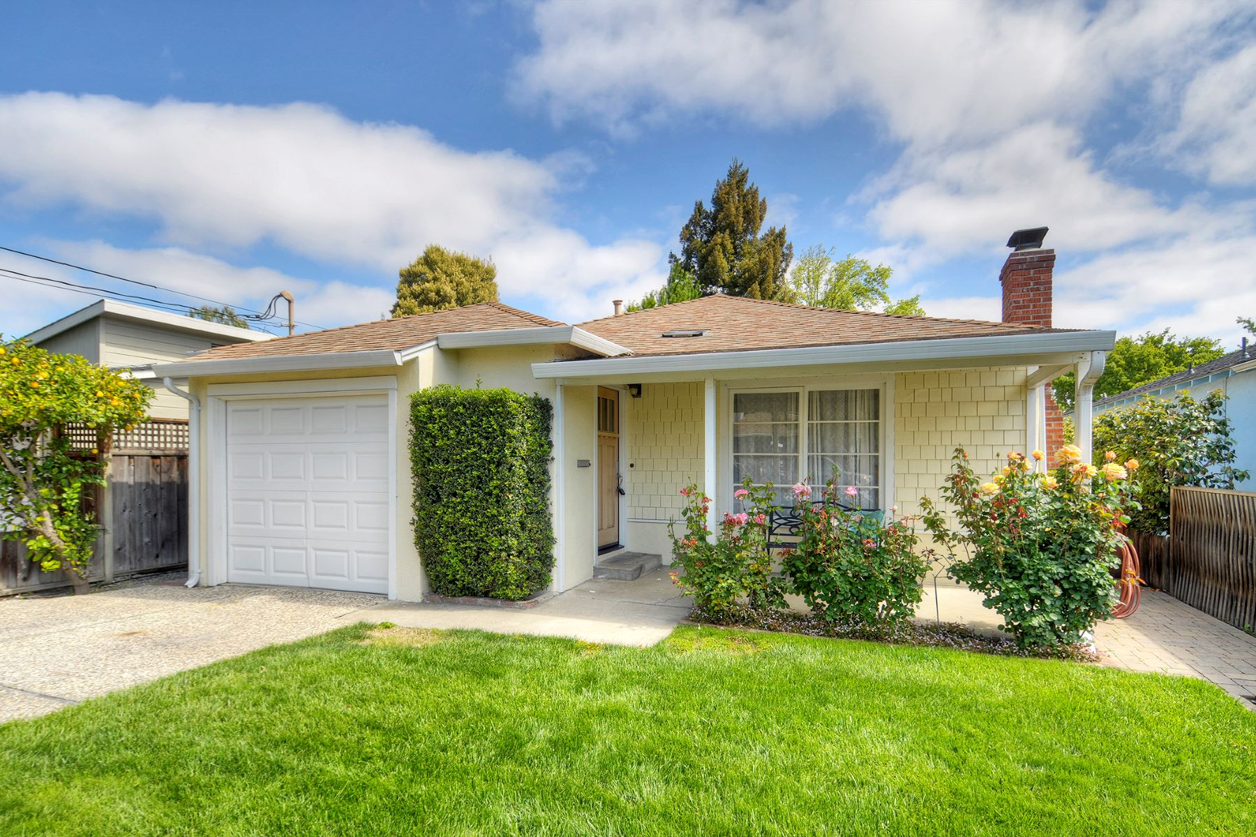 Single Family Homes for Sale at Stylish and Comfortable Home in White Oaks 1375 Geneva Avenue San Carlos, California 94070 United States