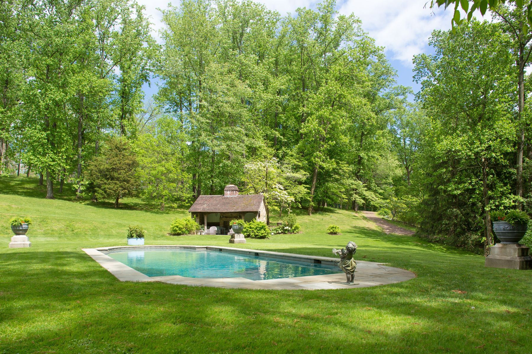 Additional photo for property listing at Linden Hill 1543 MONK RD, Gladwyne, Pennsylvanien 19035 Vereinigte Staaten
