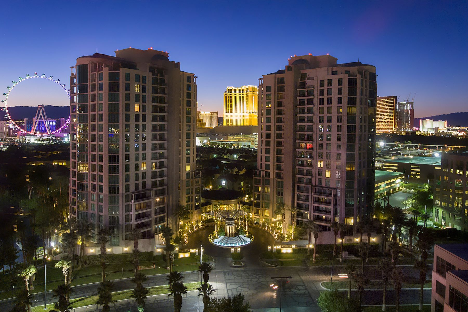 Condominiums for Sale at Pied-a-Terre 402 at Park Towers 1 Hughes Center Drive #402 Las Vegas, Nevada 89169 United States