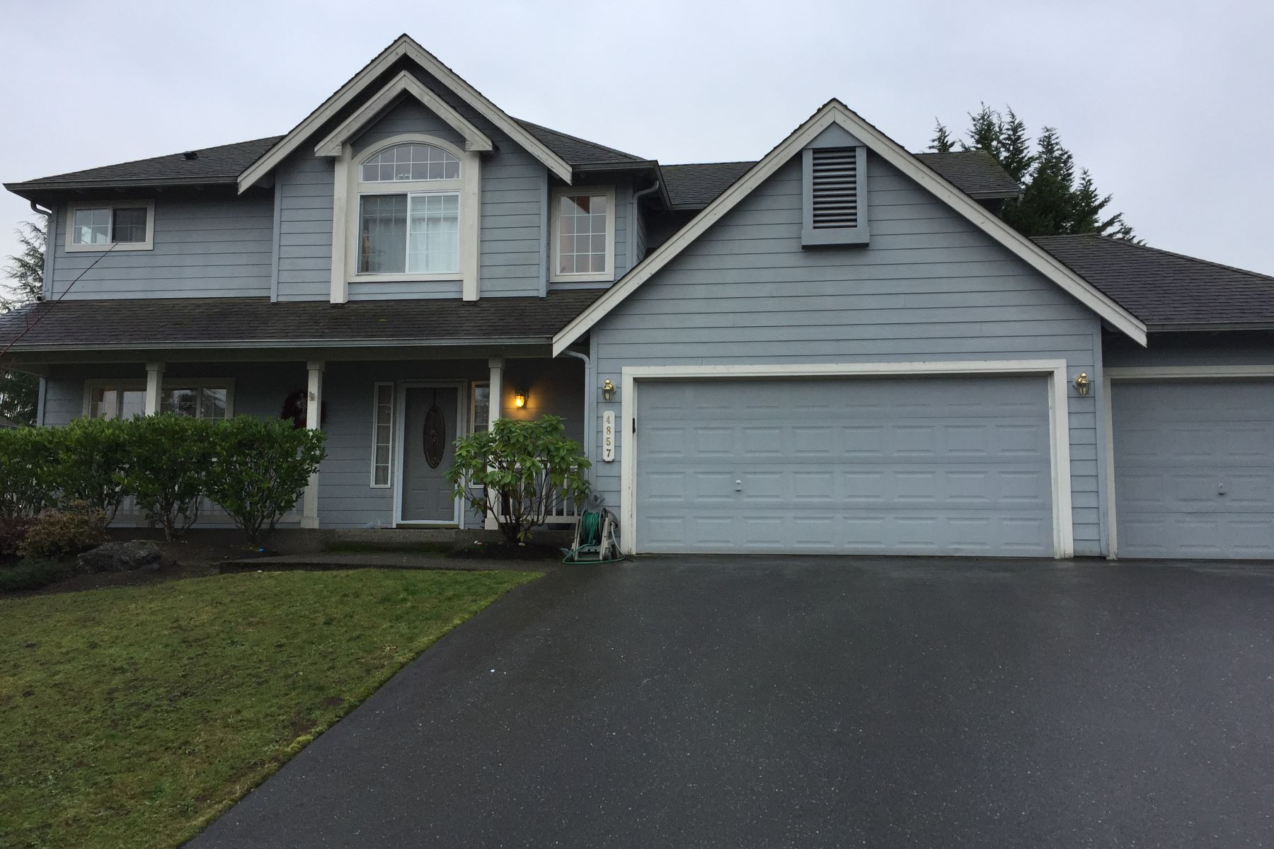 Single Family Homes for Sale at Silverdale Awaits 4857 NW Walgren Dr Silverdale, Washington 98383 United States