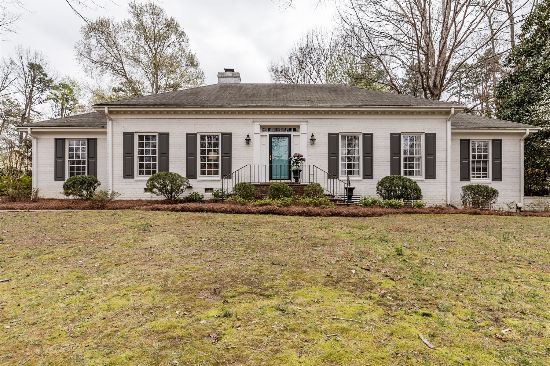 Single Family Home for Sale at Brookhaven Beauty 5207 Shamrock Drive Brookhaven, Raleigh, North Carolina, 27612 United StatesIn/Around: Durham, Chapel Hill, Cary