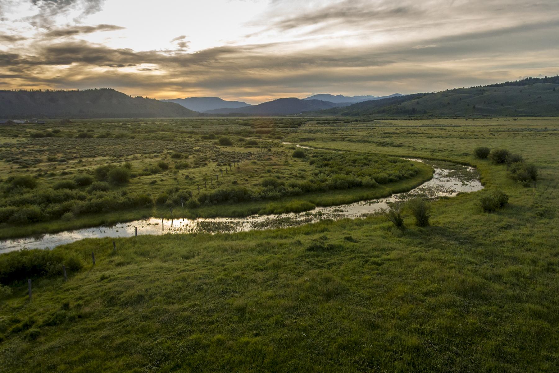 Terreno por un Venta en Gun Barrel Road Ranch Parcels Moran, Wyoming 83013 Estados Unidos