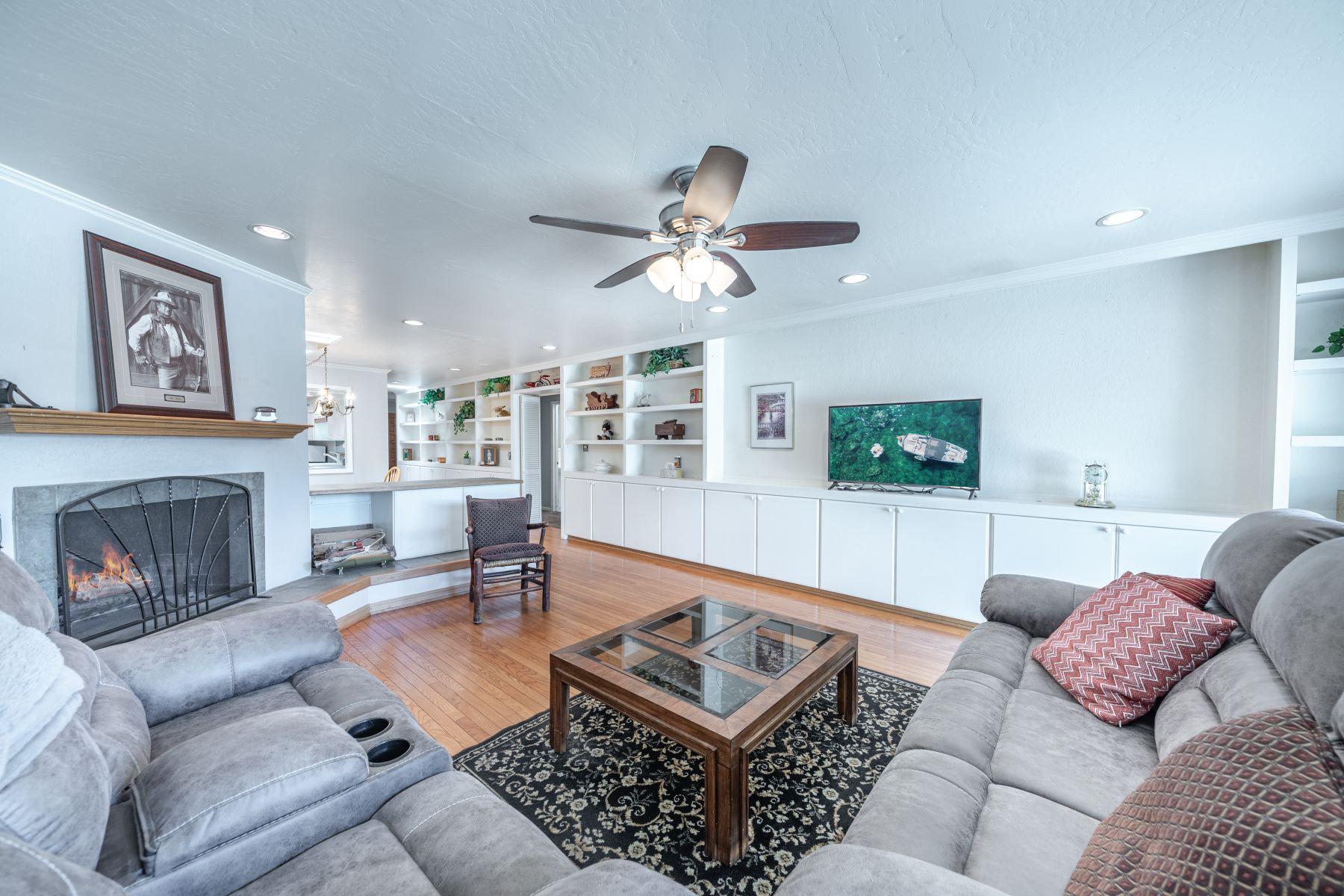 Condominiums for Active at Skylights Everywhere/Move-In Ready 5056 Lakeridge Terrace #E Reno, Nevada 89509 United States
