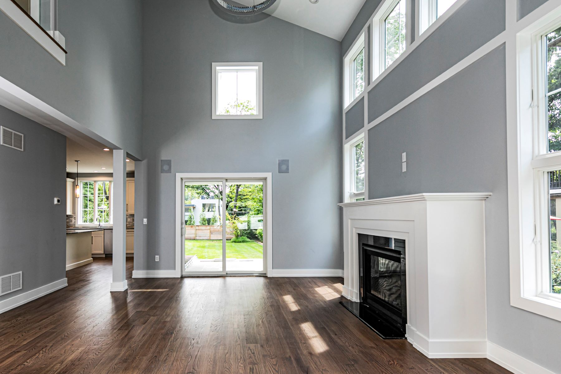 Additional photo for property listing at Distinctive New Home, Blocks from Nassau Street 49 Patton Avenue, Princeton, New Jersey 08540 United States