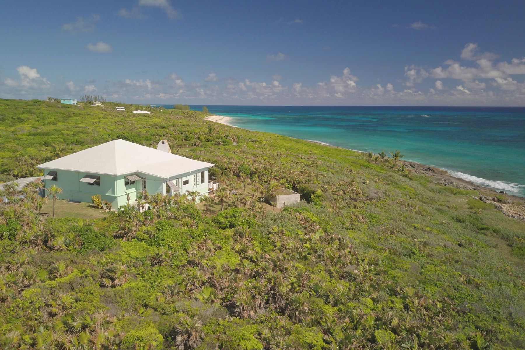 Einfamilienhaus für Verkauf beim The Sweeting House at Joe Bookie's Bay Little Harbour, Abaco Bahamas