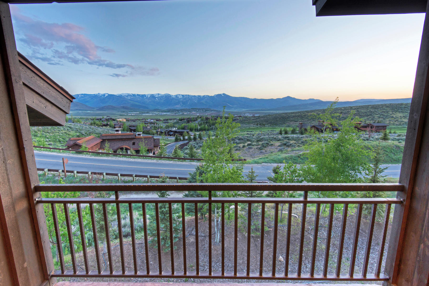 Additional photo for property listing at A Quality Home for All Seasons! 7436 Sage Meadow Rd Park City, Utah 84098 United States